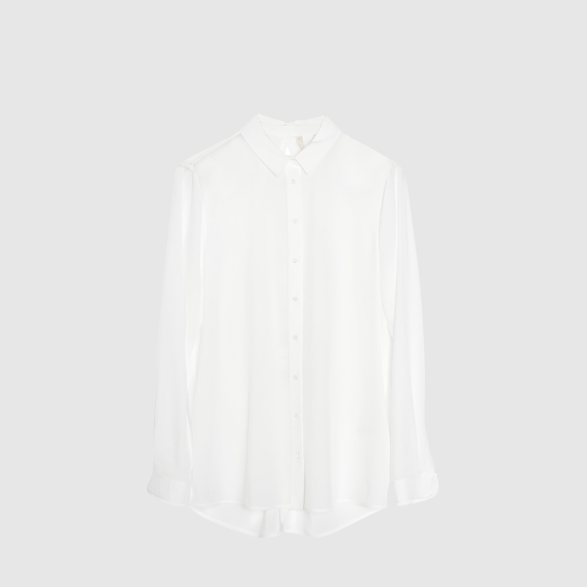 Arkası Yırtmaç Detaylı Gömlek