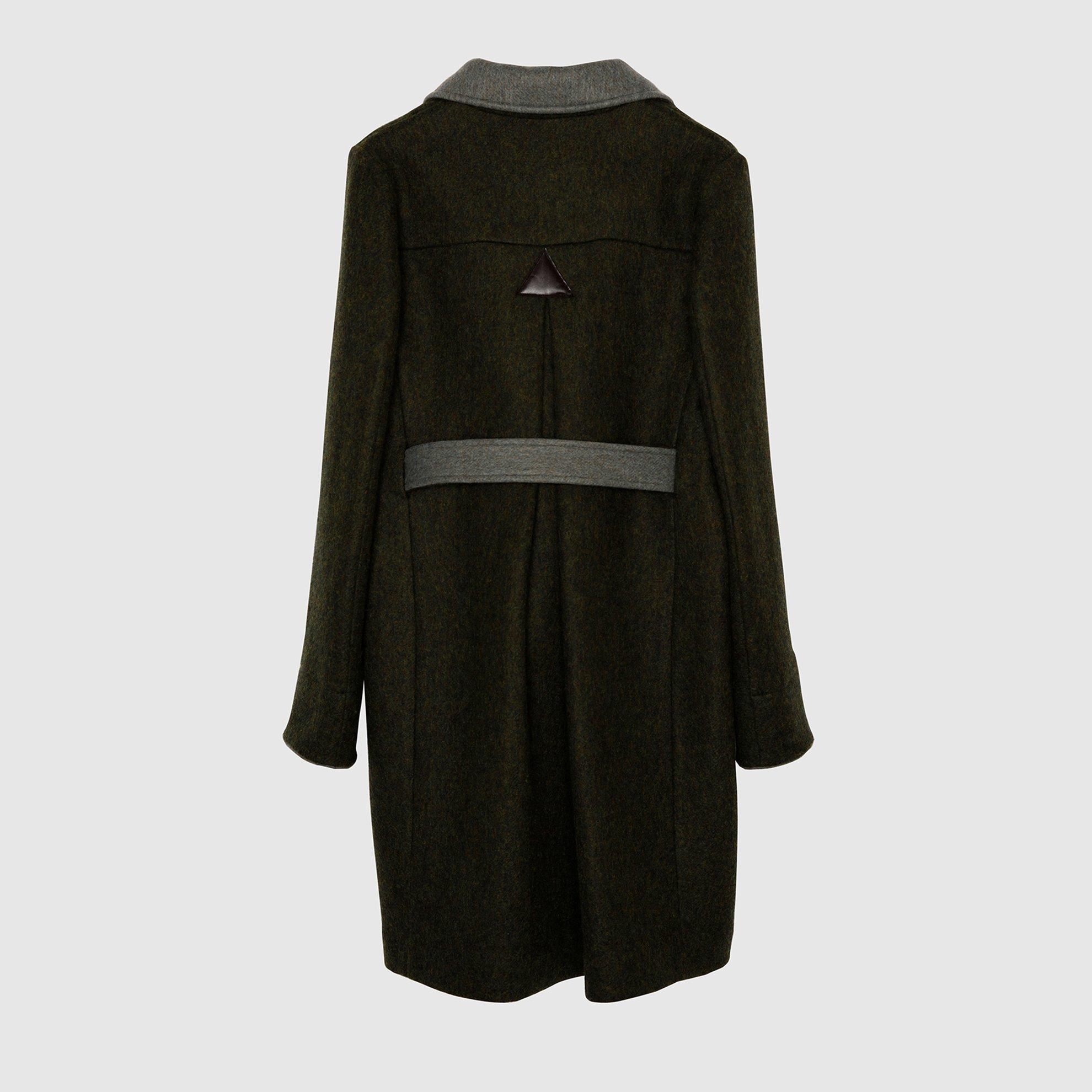 resm Kemer Detaylı Palto