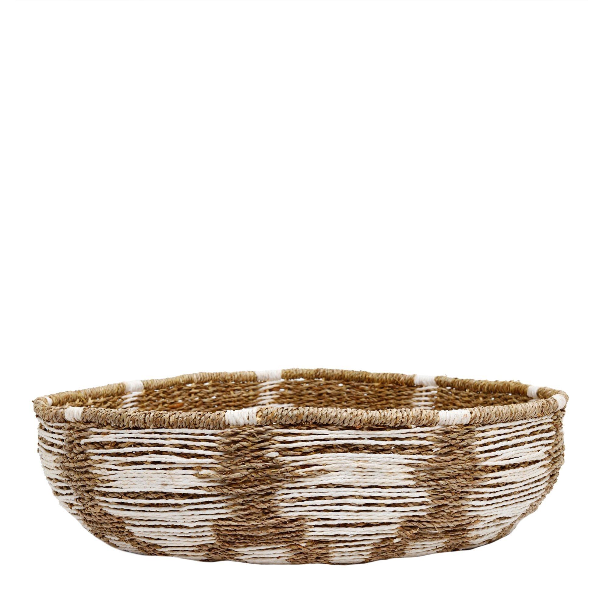 Straw Basket ( 50 X 50 X 13 Cm )