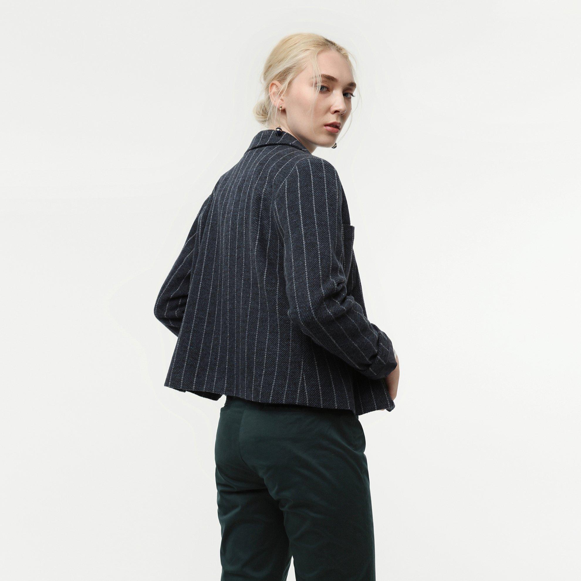 Yakalı Kısa Palto