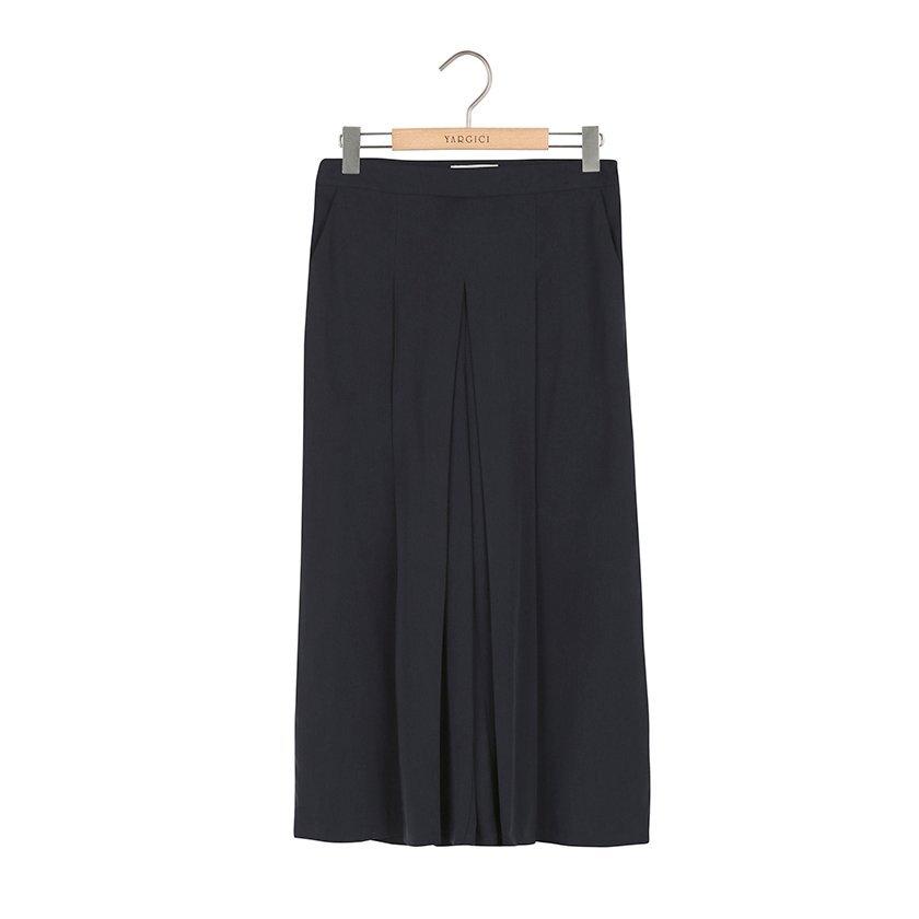 Pli Detaylı Pantolon Etek