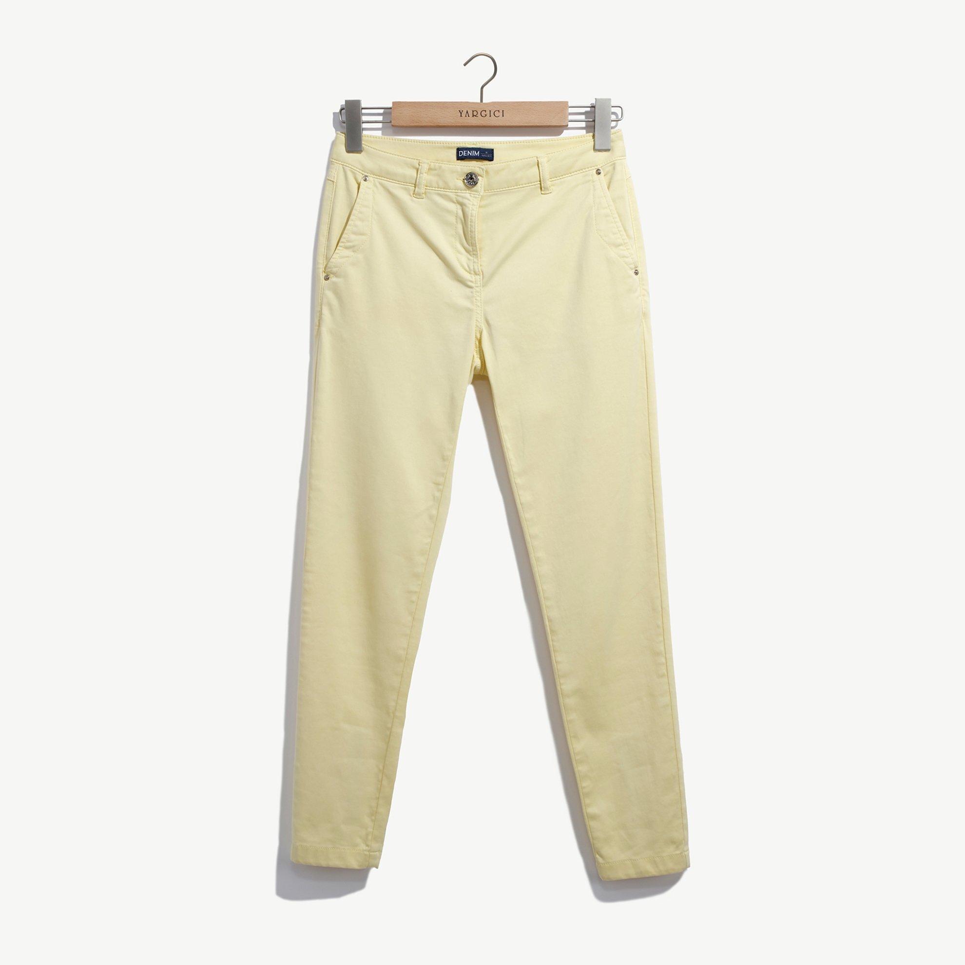 resm Dar Kalıp Paçası Yırtmaçlı Pantolon