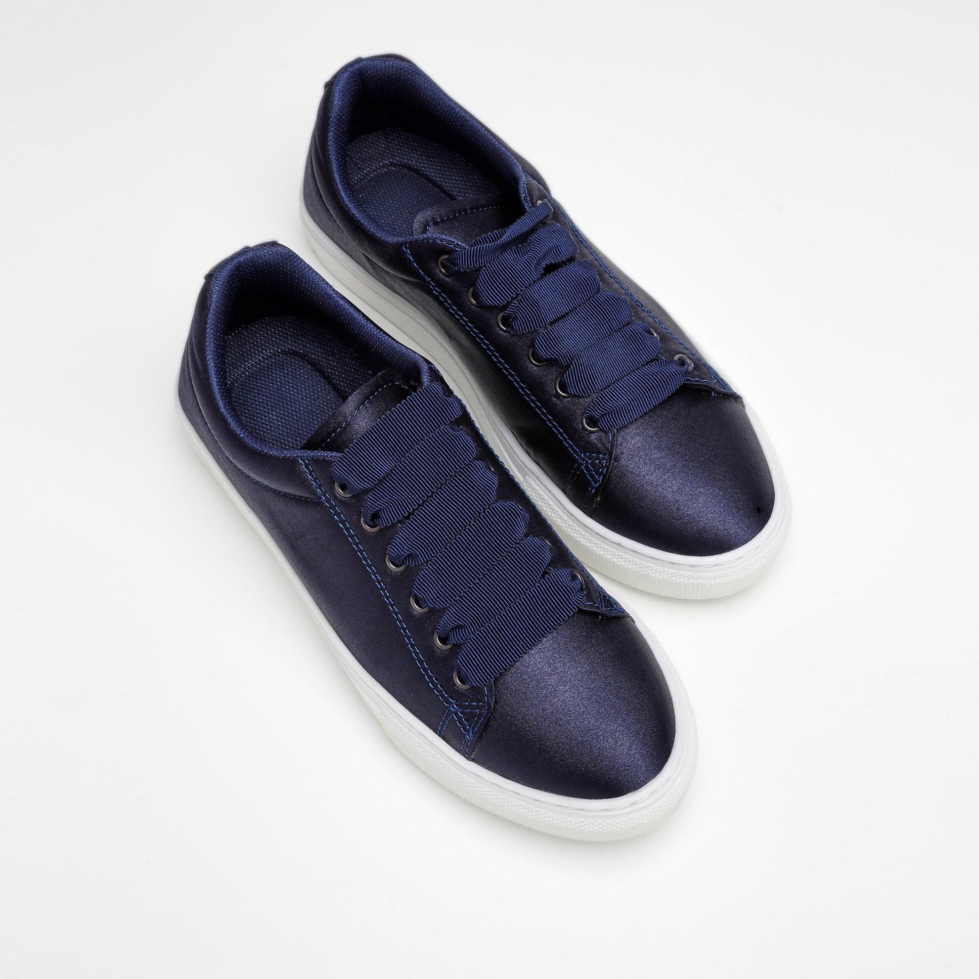 Saten Kumaş Spor Ayakkabı