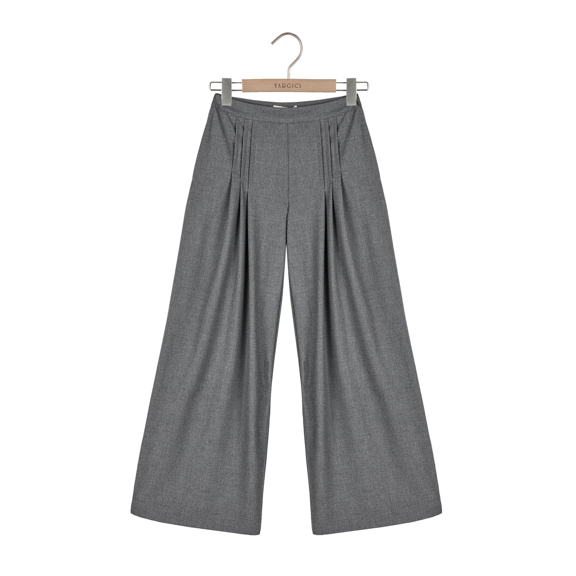 Nervür Detaylı Geniş Paça Pantolon