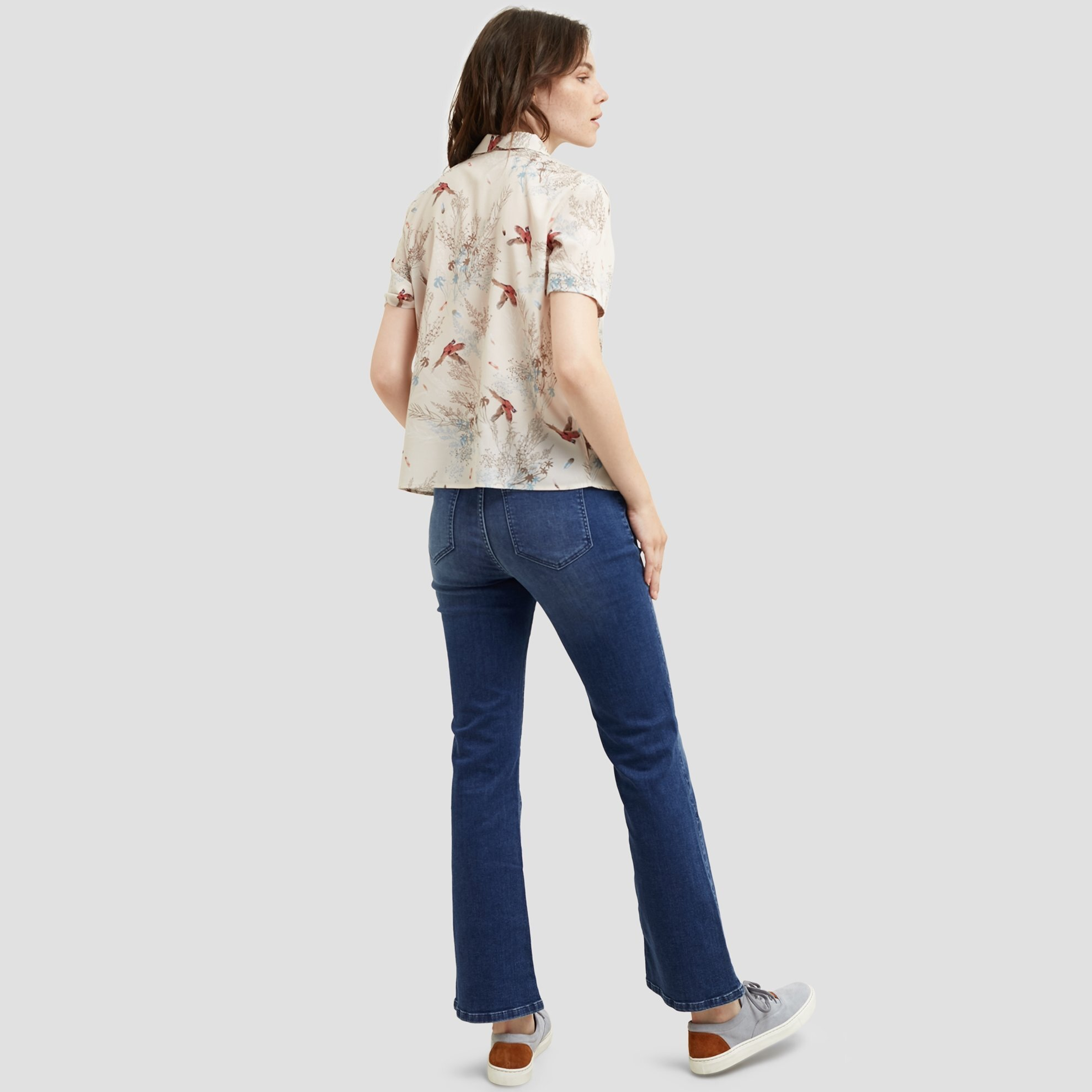 Geniş Paça Biye Detaylı Denim Pantolon