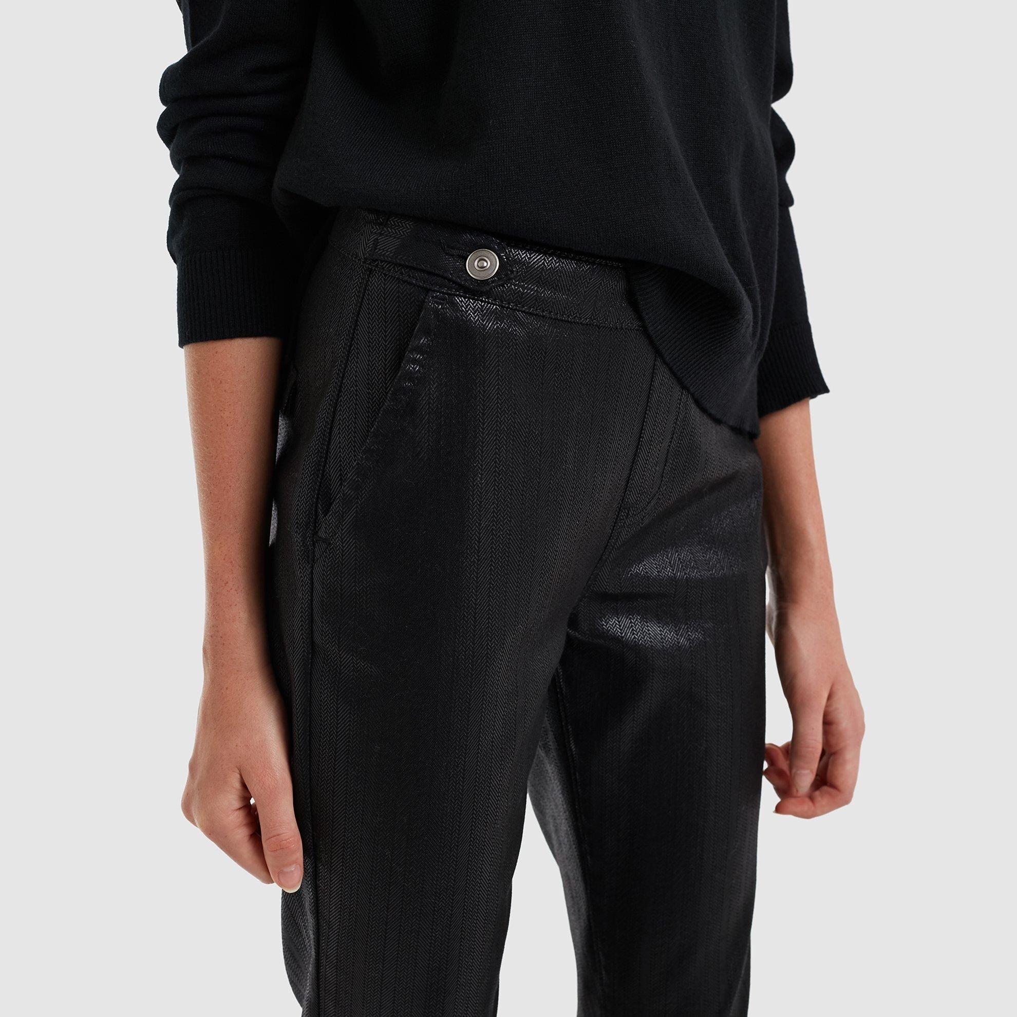 resm Kapaklı Cepli Kemer Detaylı Pantolon