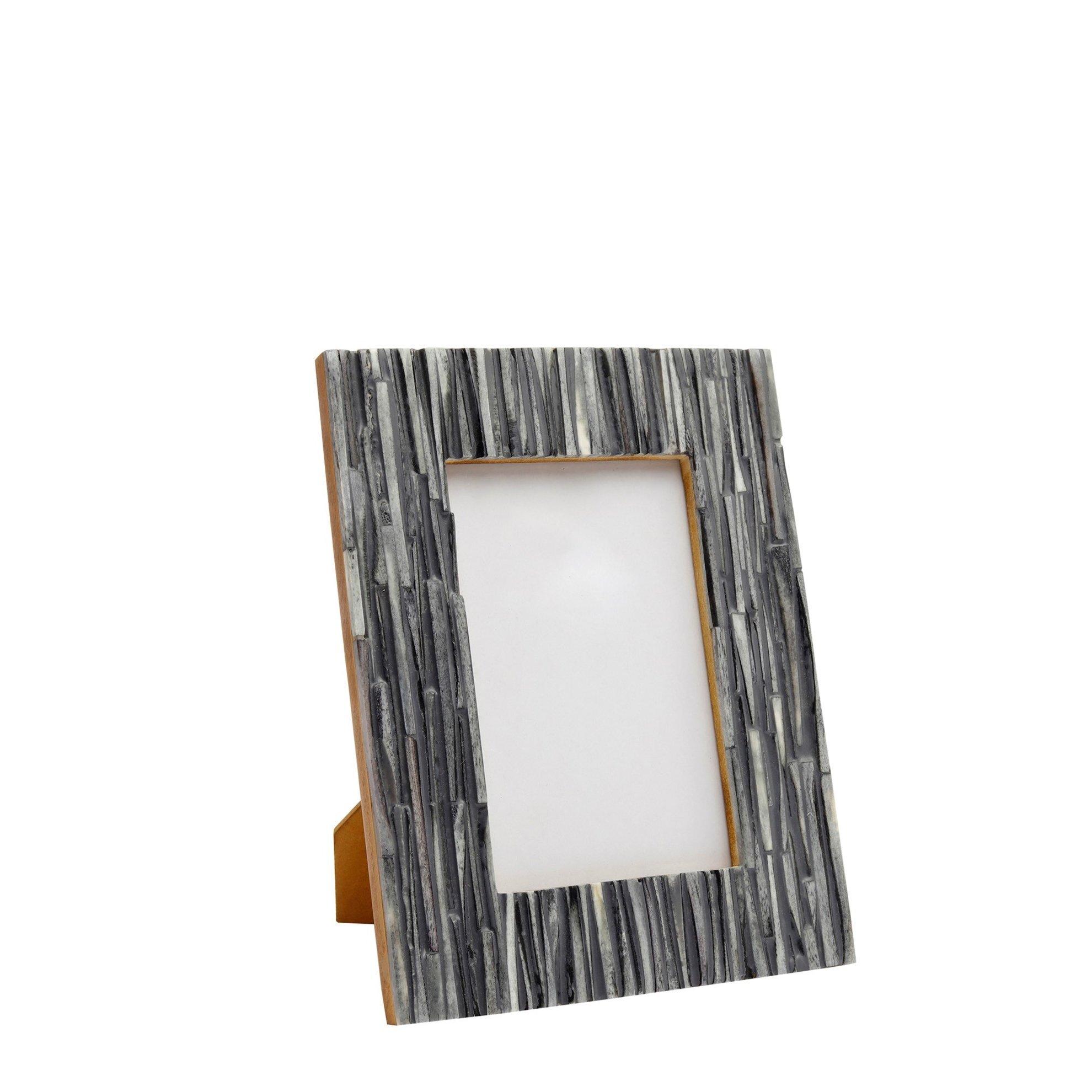 Horn Frame ( 10 X 15 Cm )