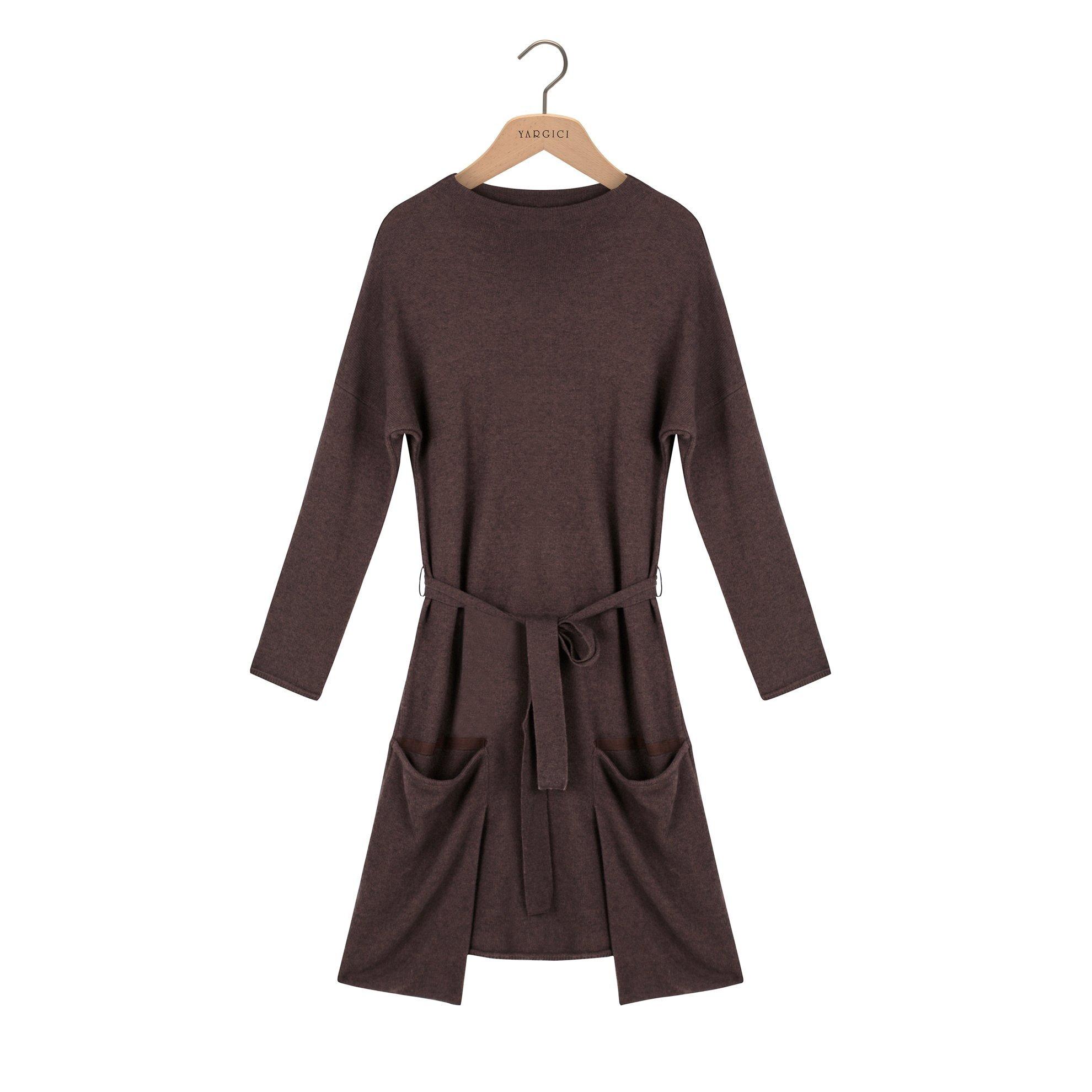 Pocket Detailed Knitted Dress