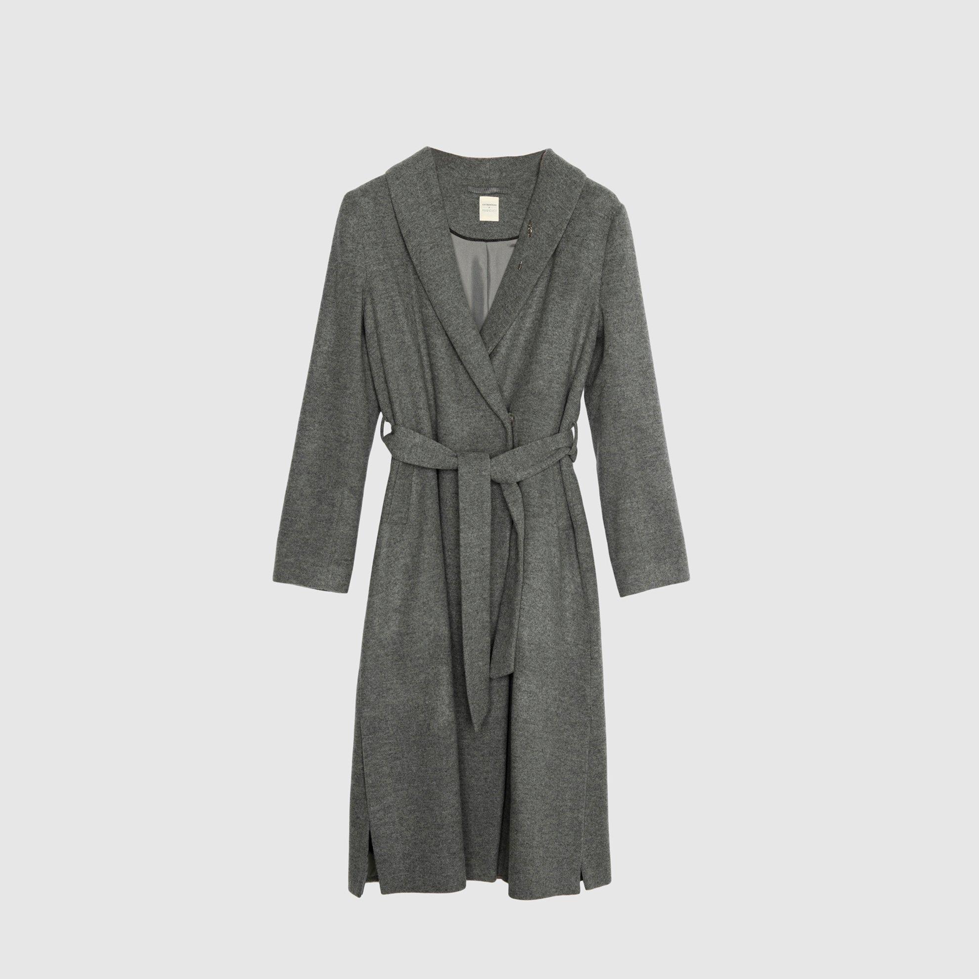 resm Uzun Yırtmaç Detaylı Palto