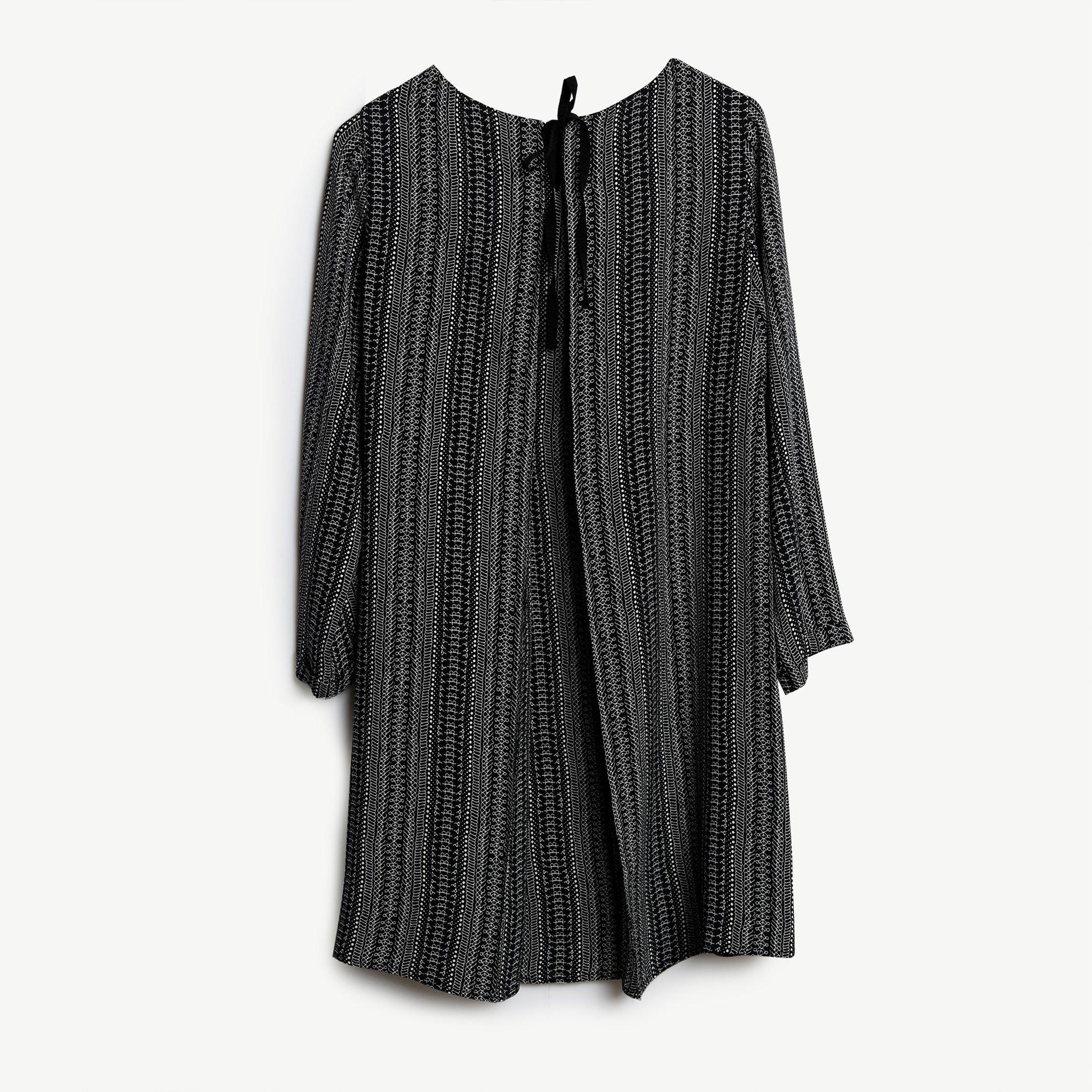 A Kesim Fiyonk Detaylı Elbise