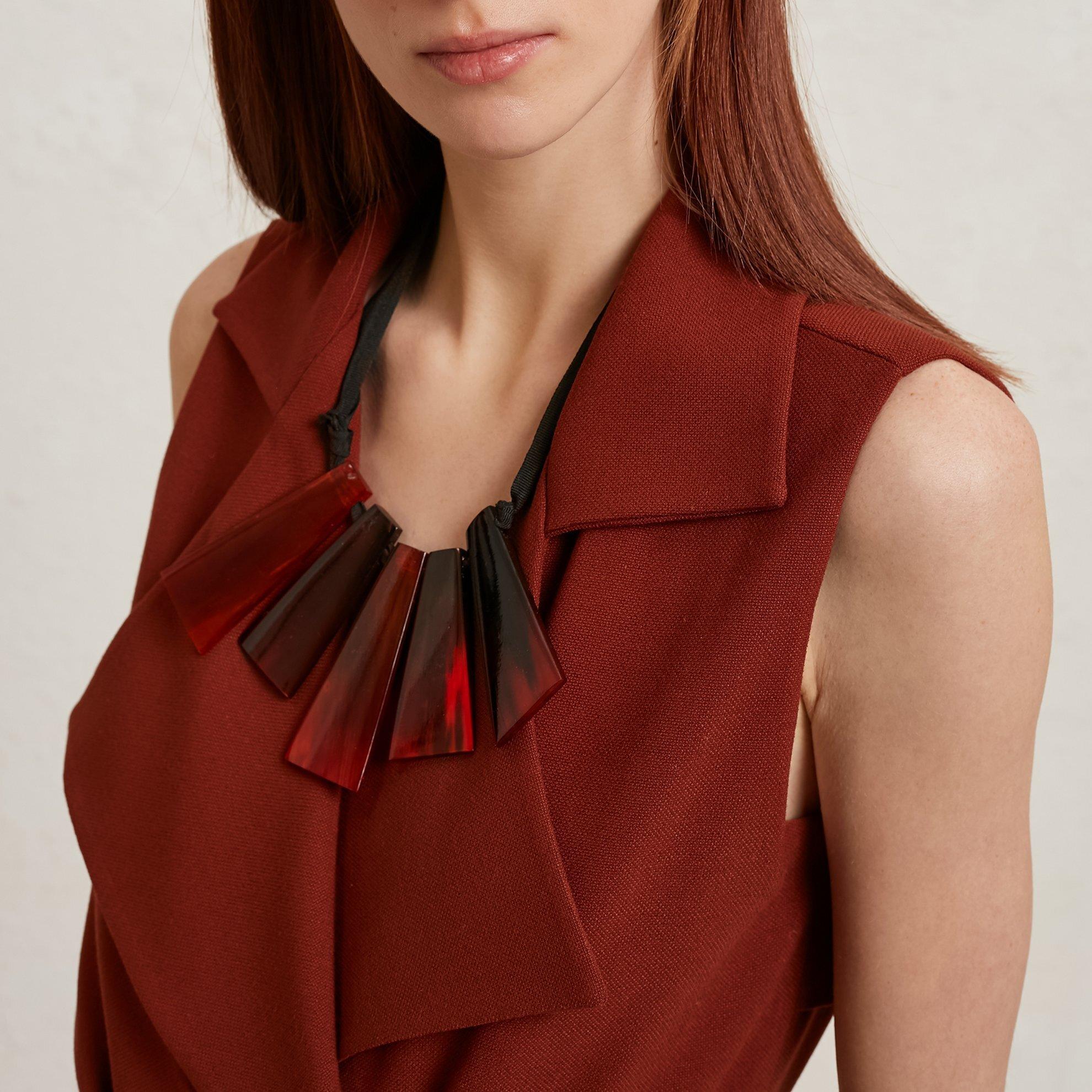 resm Trenç Detaylı Kolsuz Elbise