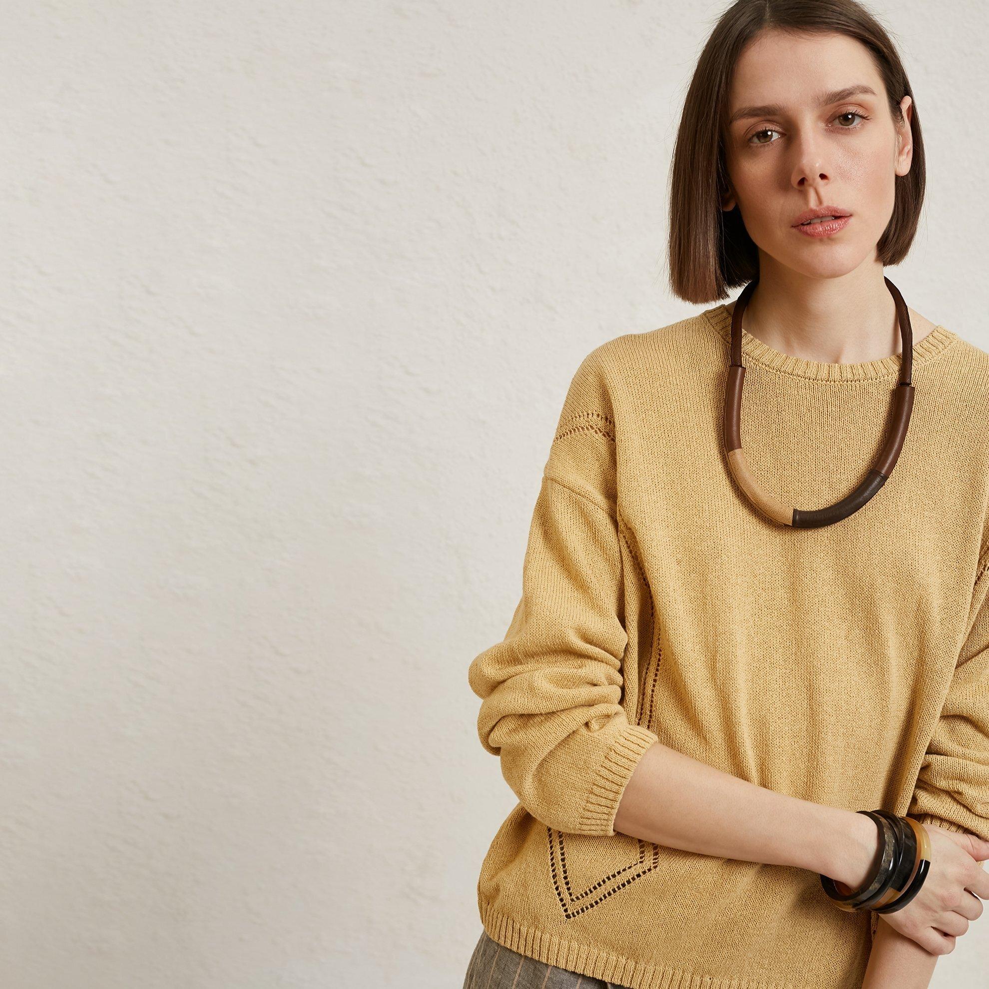 Pullover mit Strickdetail