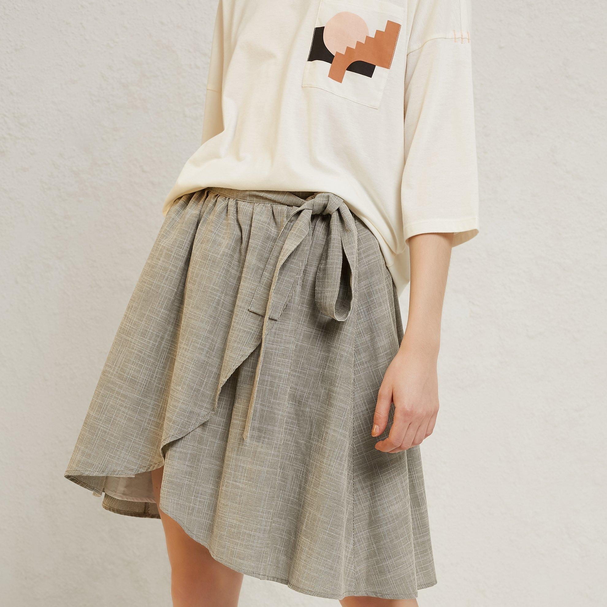 Tie Detail Skirt