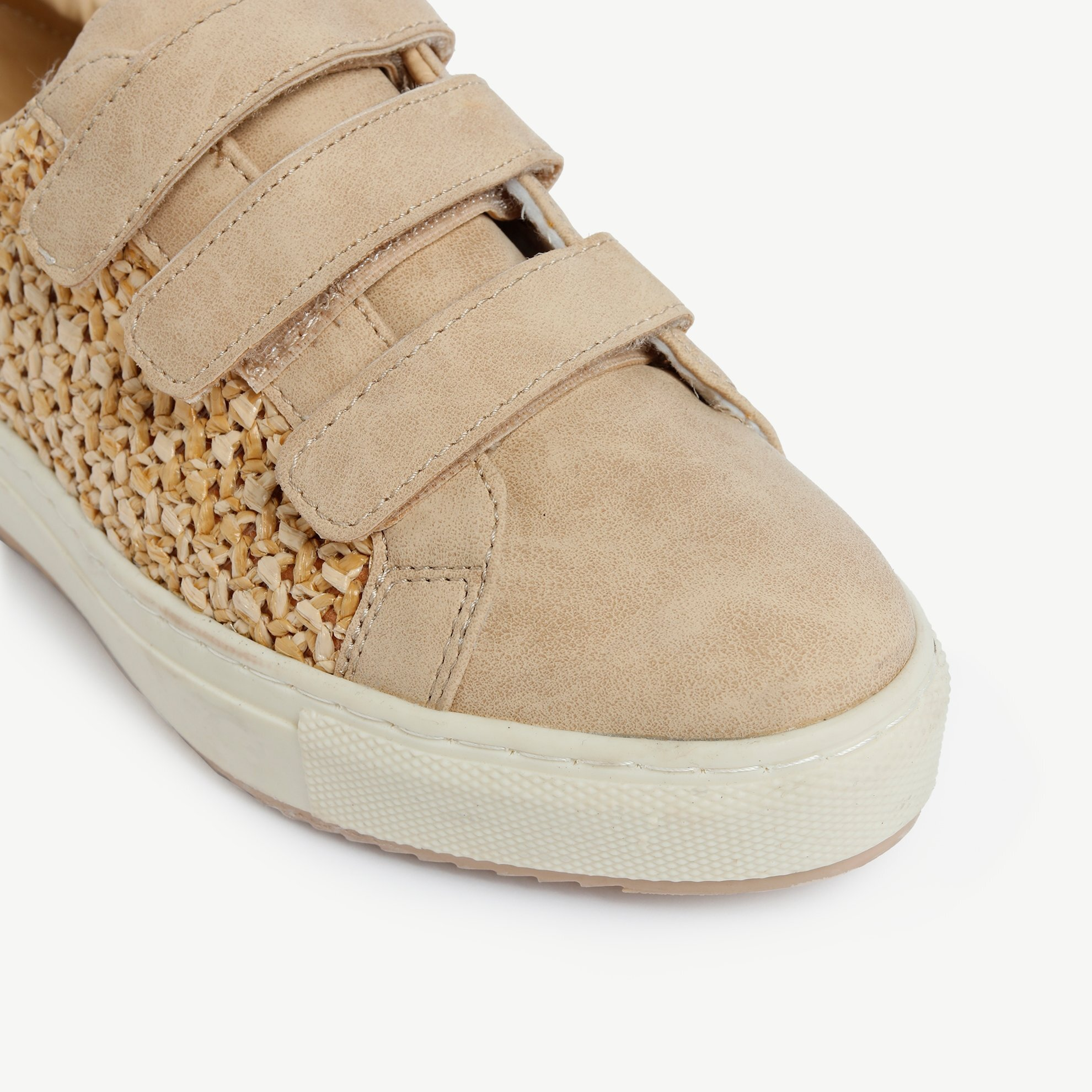Sneaker With Straw Detail