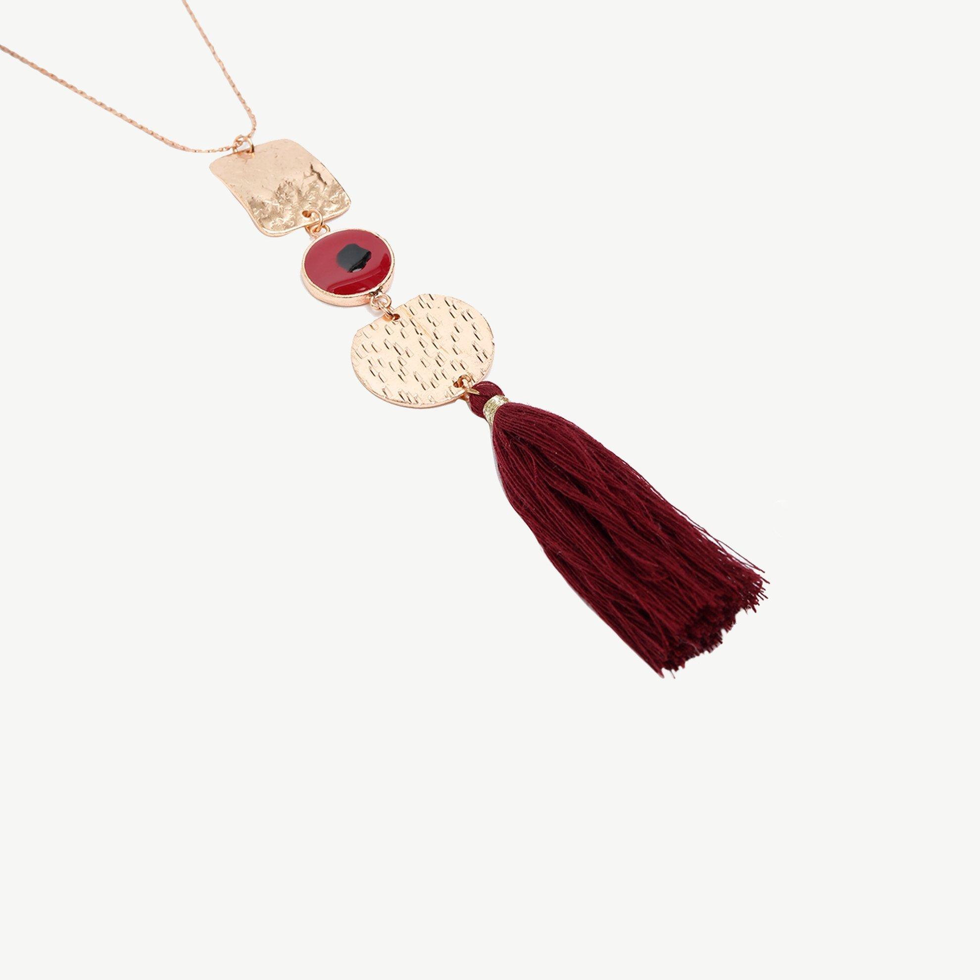 Halskette mit Quasten