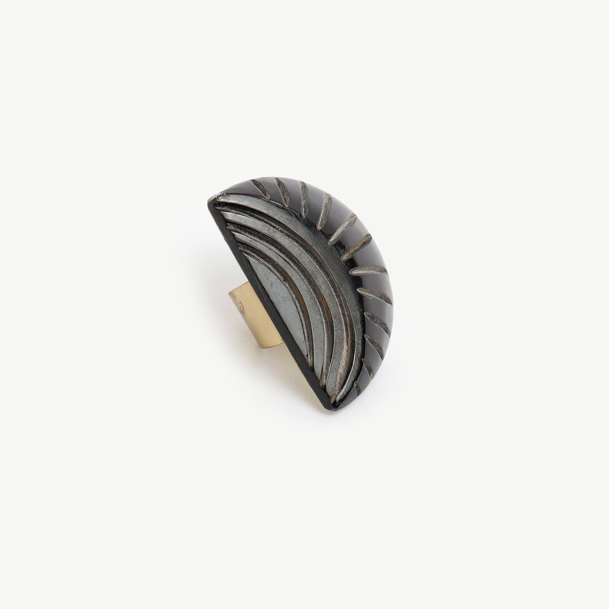Ring aus Horn gemustert
