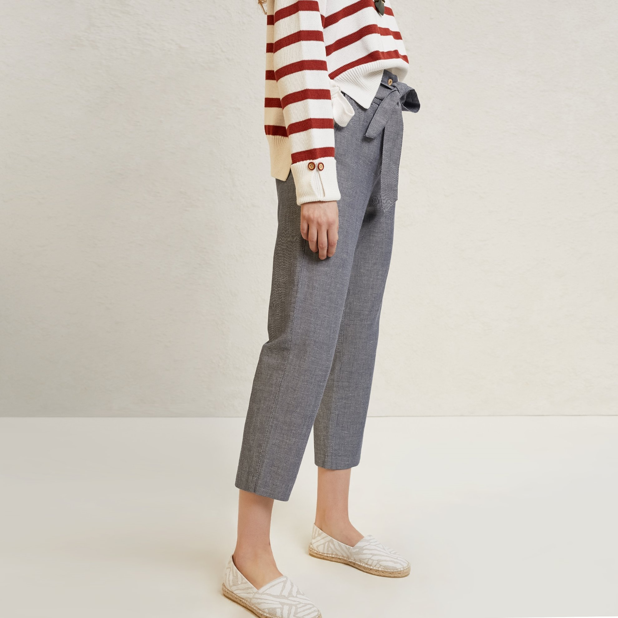 Wide Belt Detailed Straight Cut Trousers