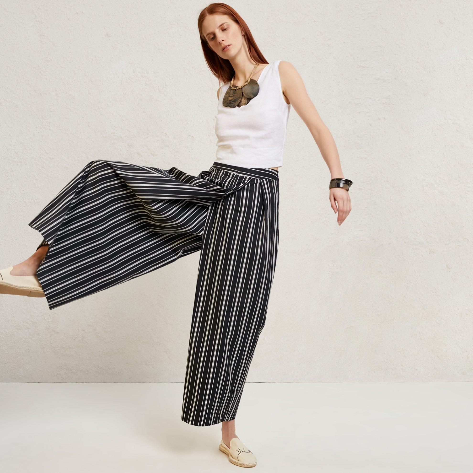 Kırma Detaylı Bol Paça Pantolon