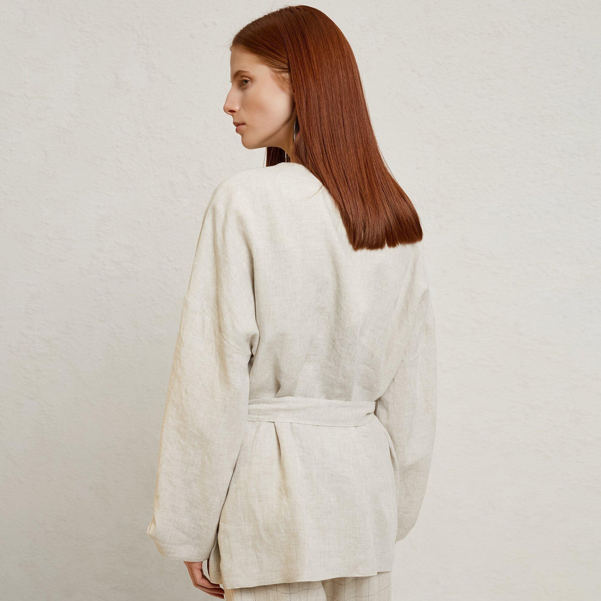Kuşak Detaylı Ceket