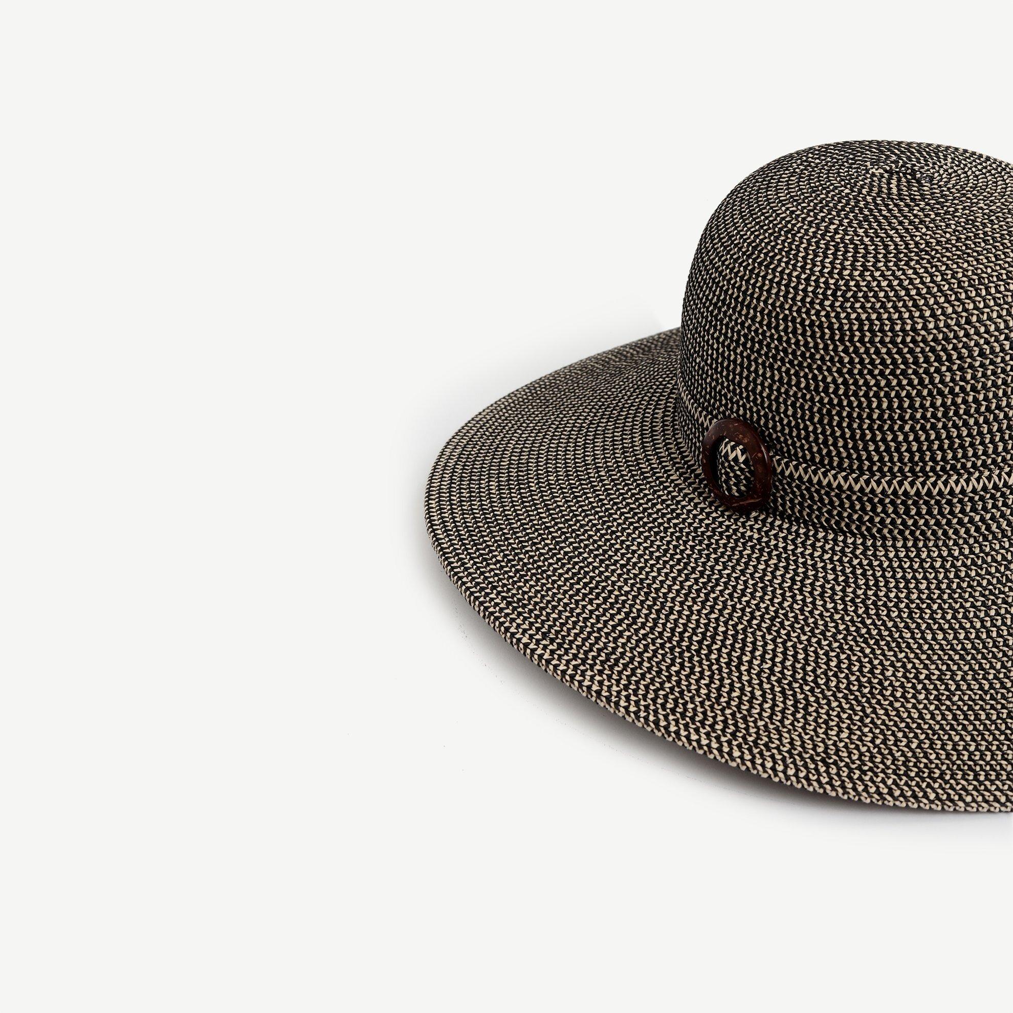 Toka Detaylı Şapka