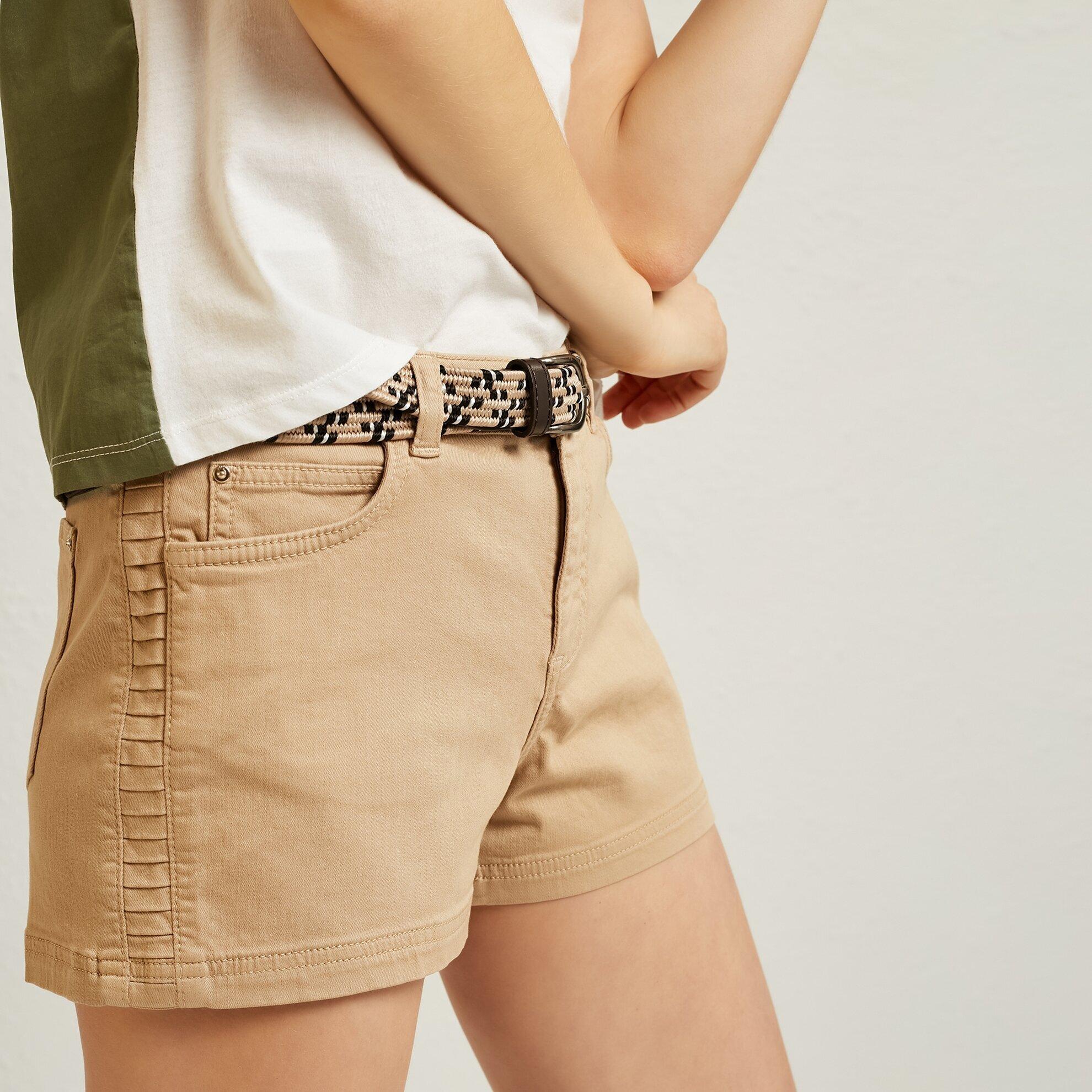 Damen Shorts mit Biesen