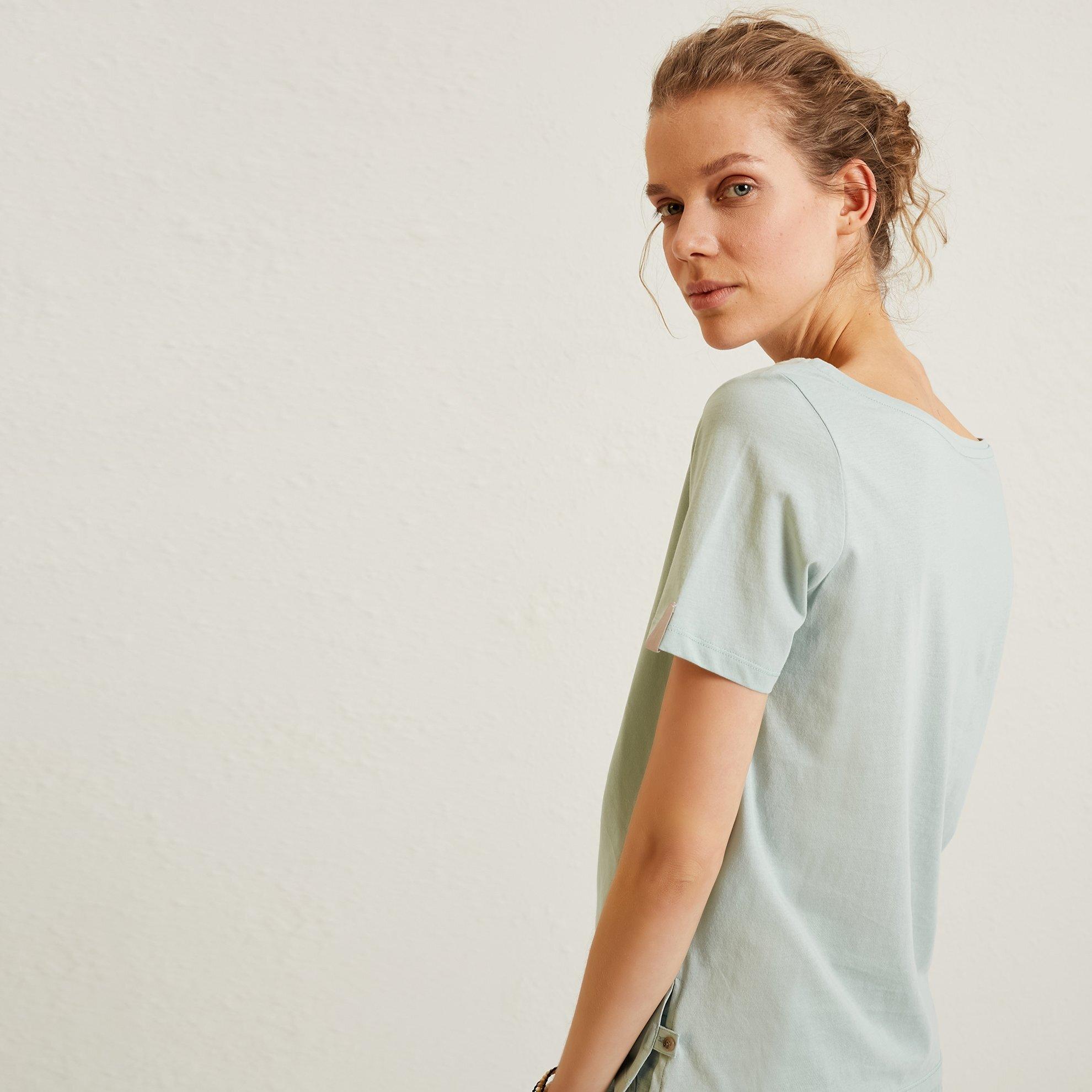 Wide V Neck T-Shirt