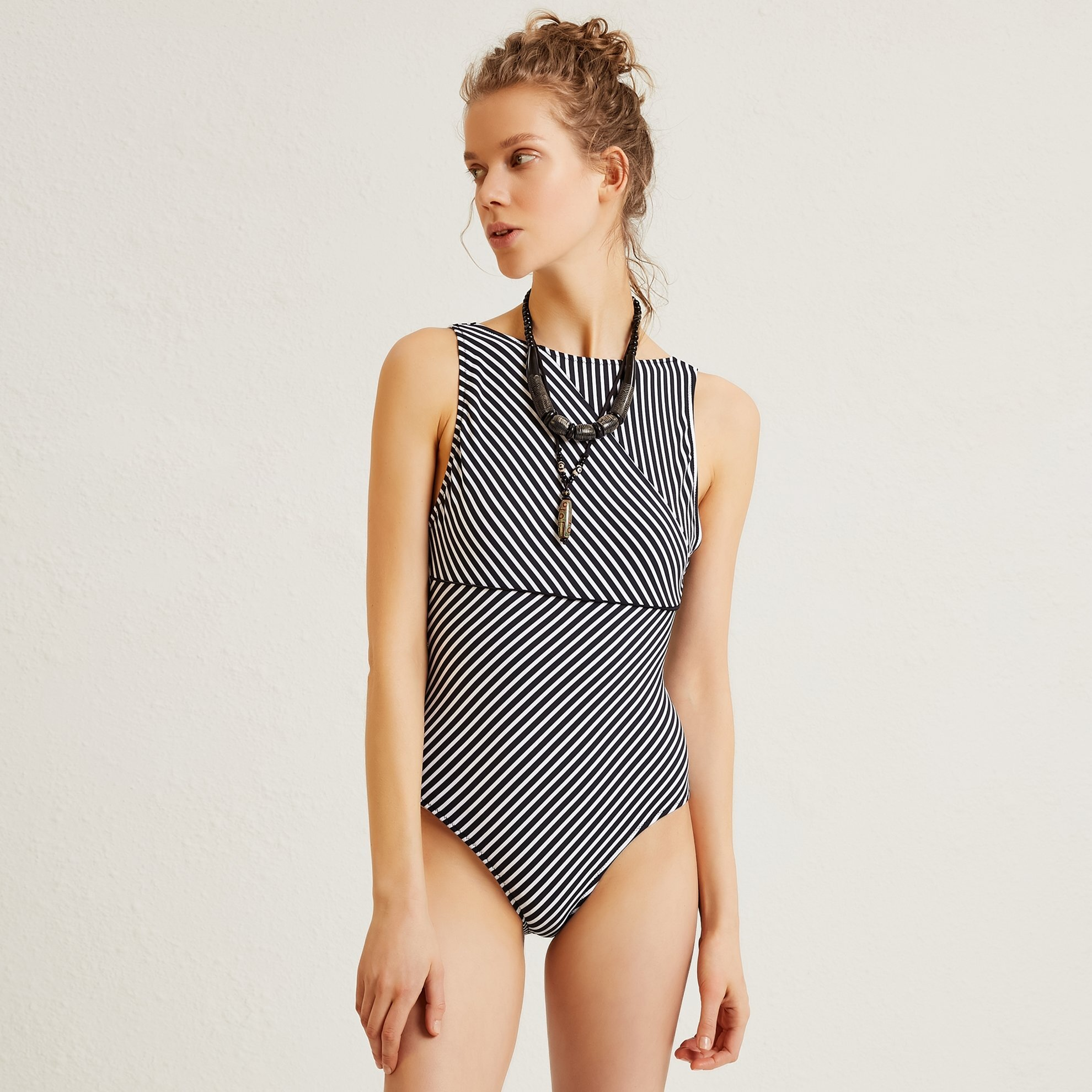 Back Detailed Swimsuit