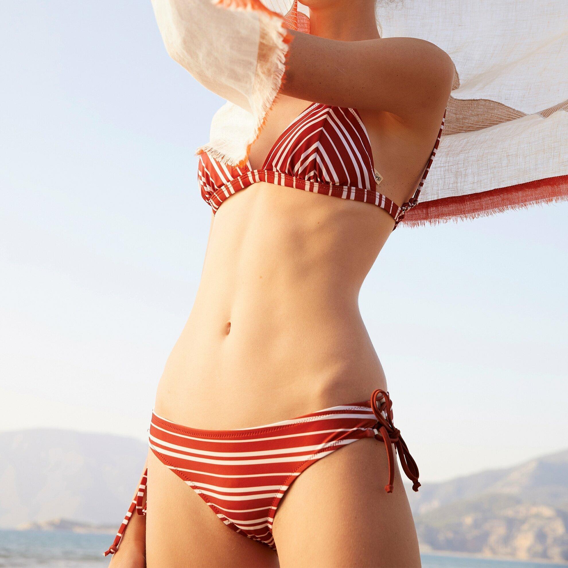 Yanı Tünel Detaylı Bikini Altı