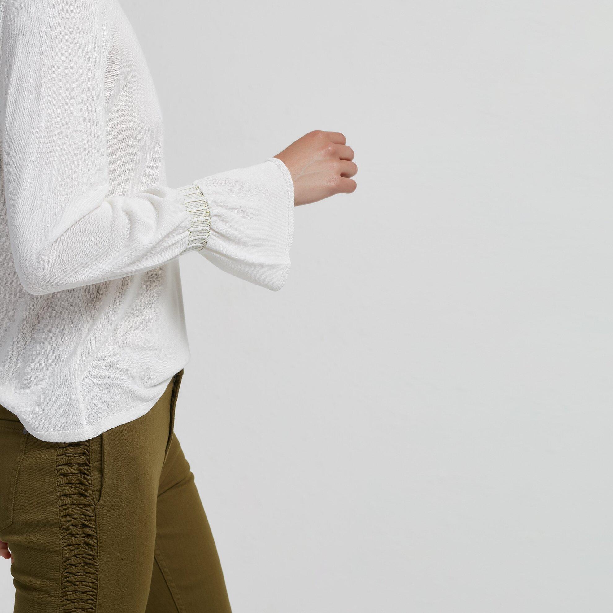 Ruffle Detailed Knitwear
