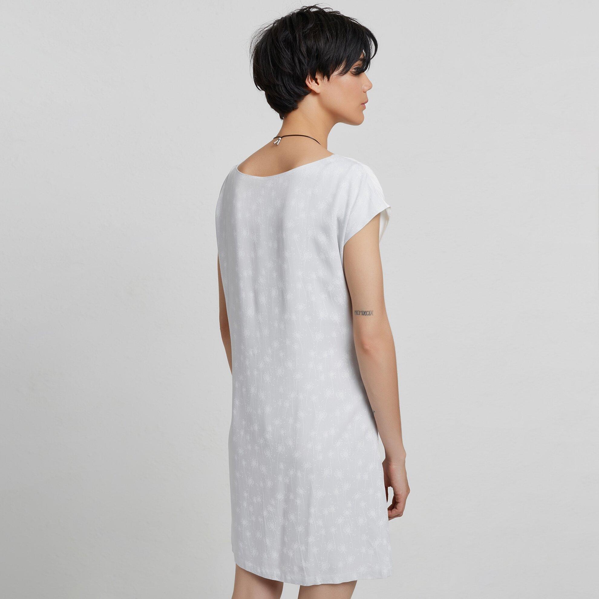 Kleid mit Schnürung
