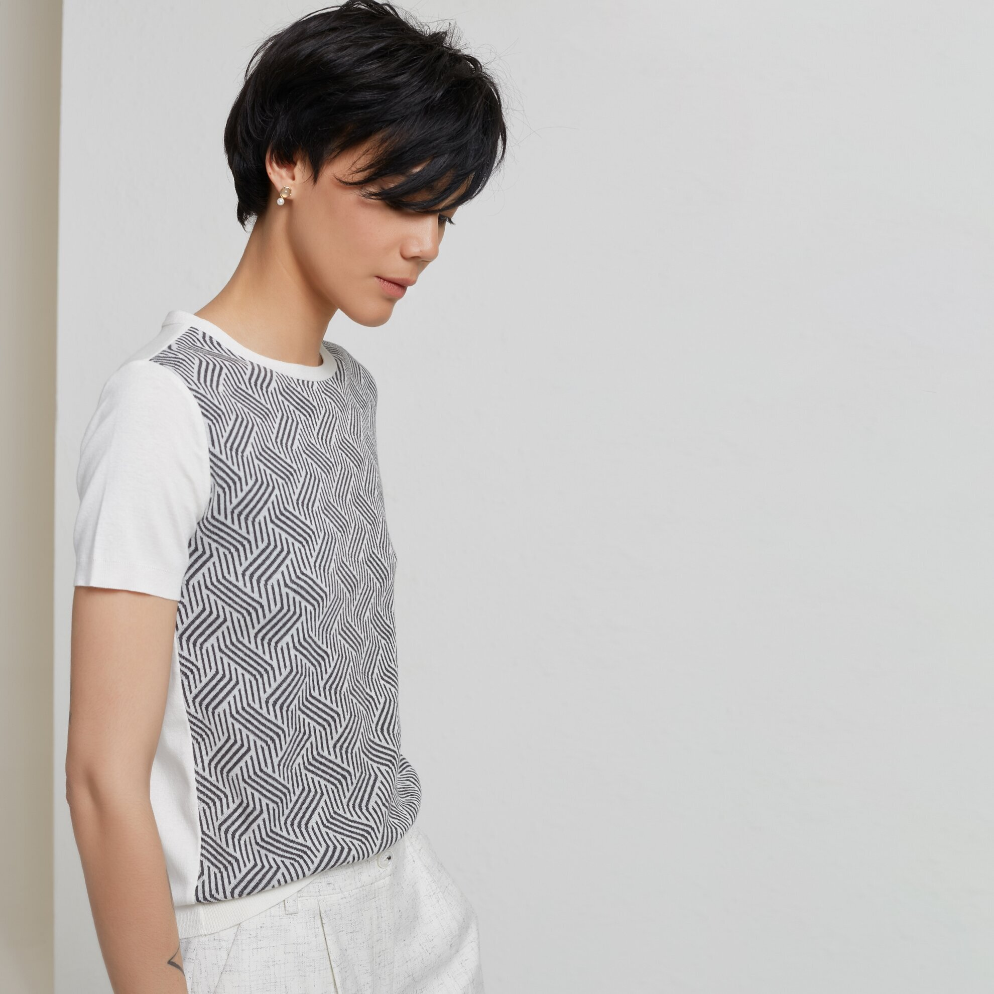 Jaquard Patterned Short Sleeve Knitwear