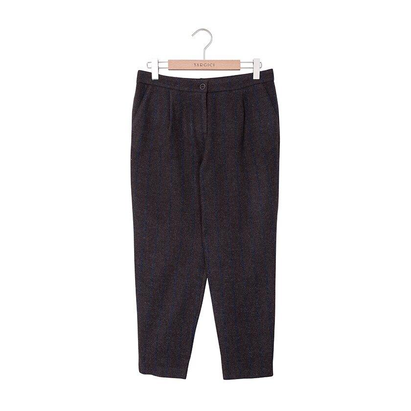 Pli Detaylı Düşük Bel Pantolon