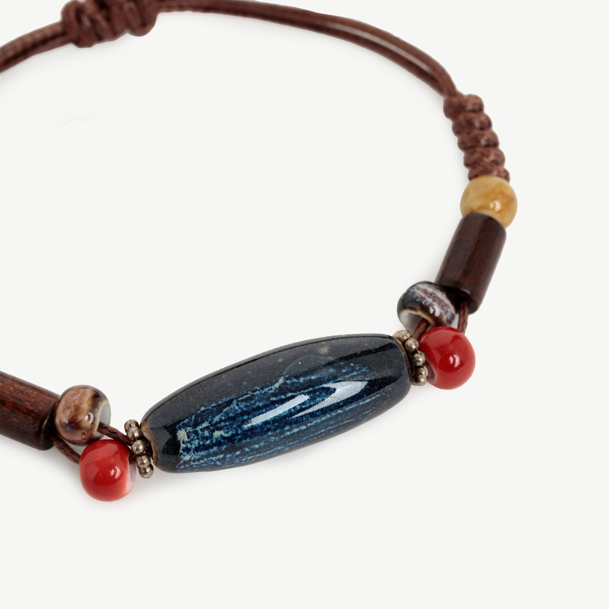 Armband mit Keramikteilen