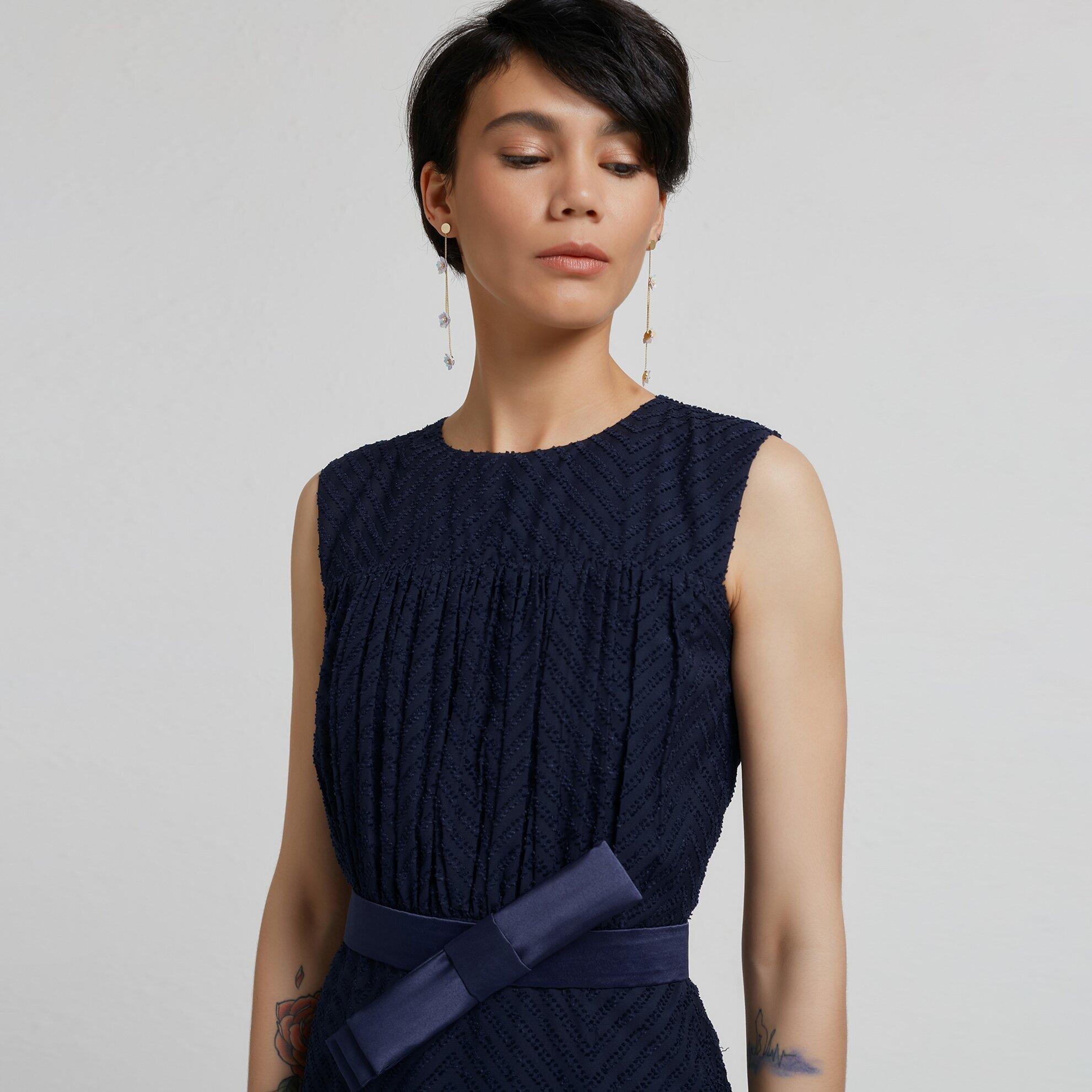 Sleeveless Drapery Dress