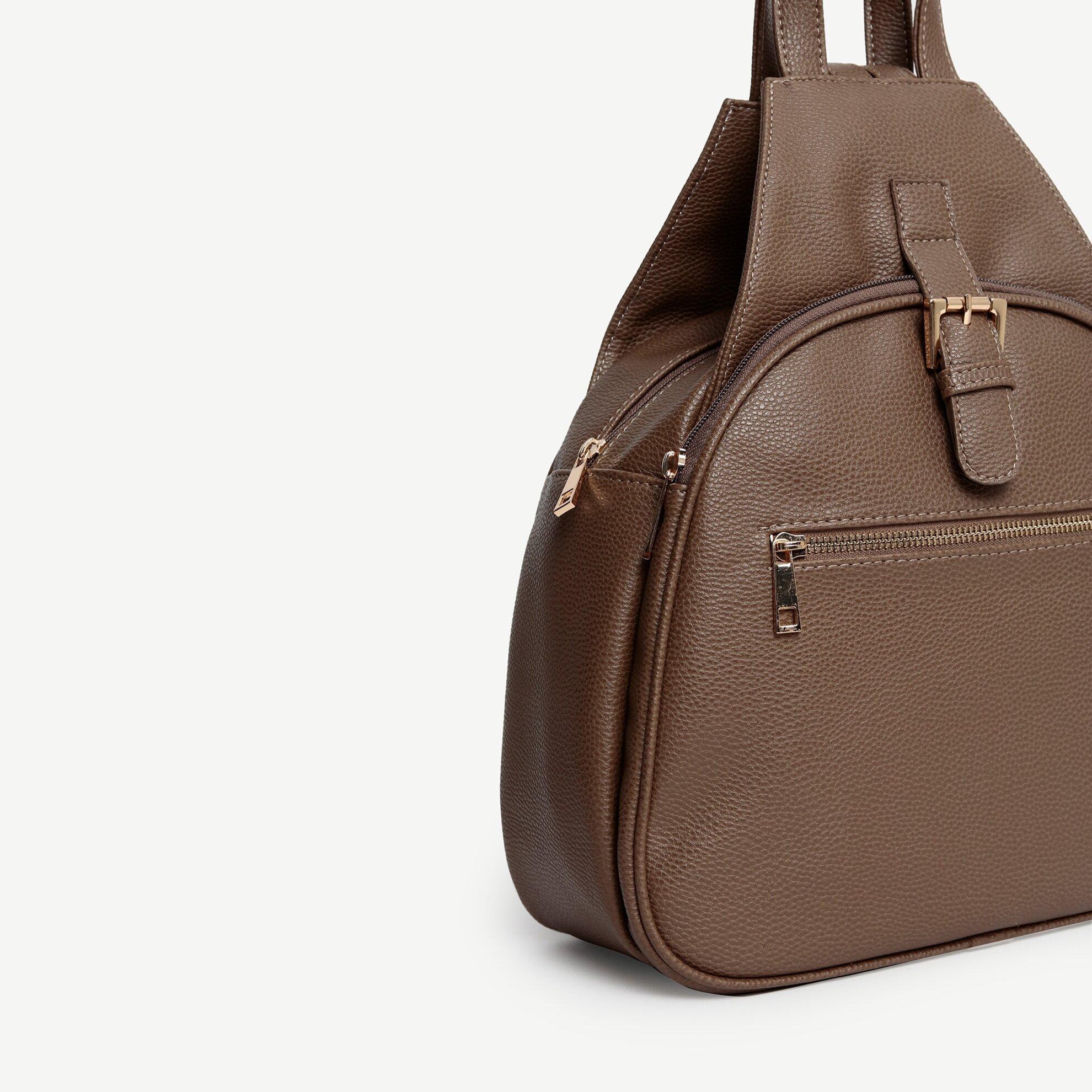 Rucksack mit vielen Taschen