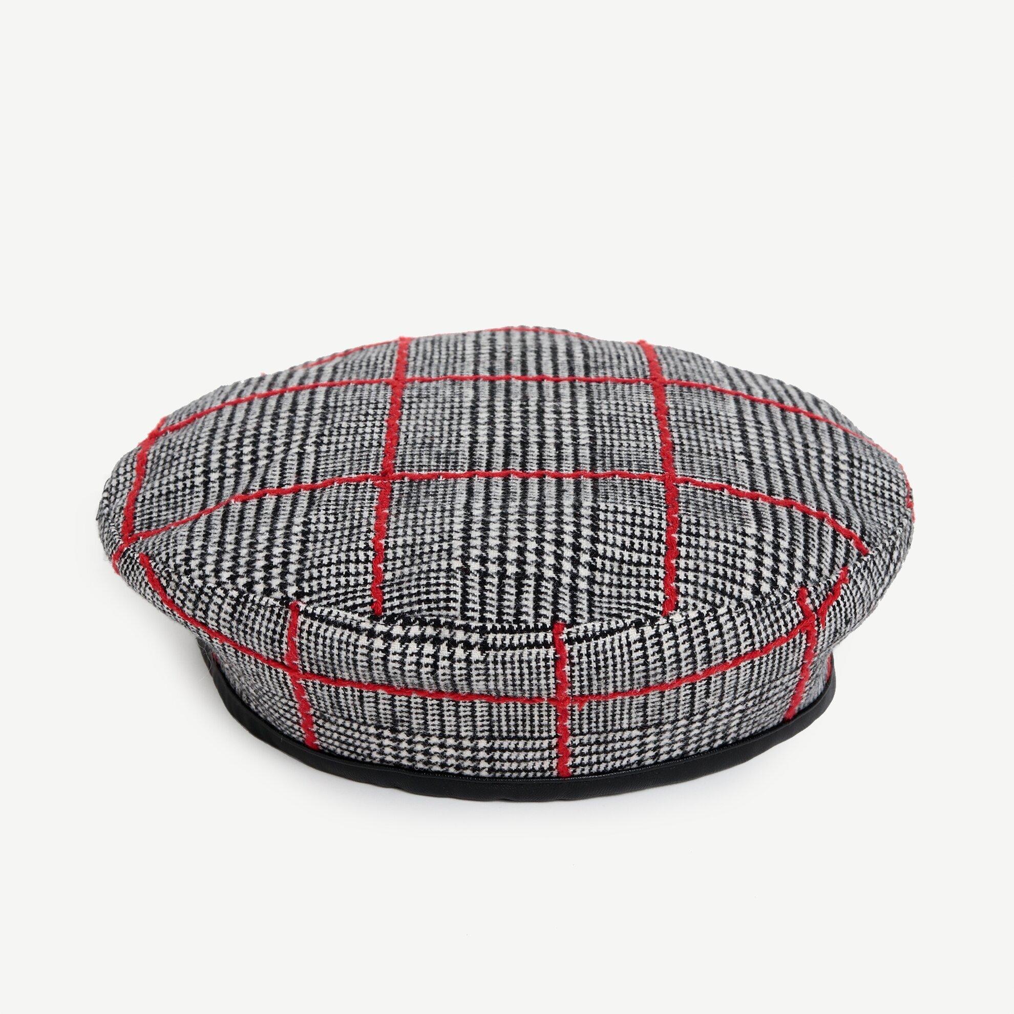 Ekoseli Şapka