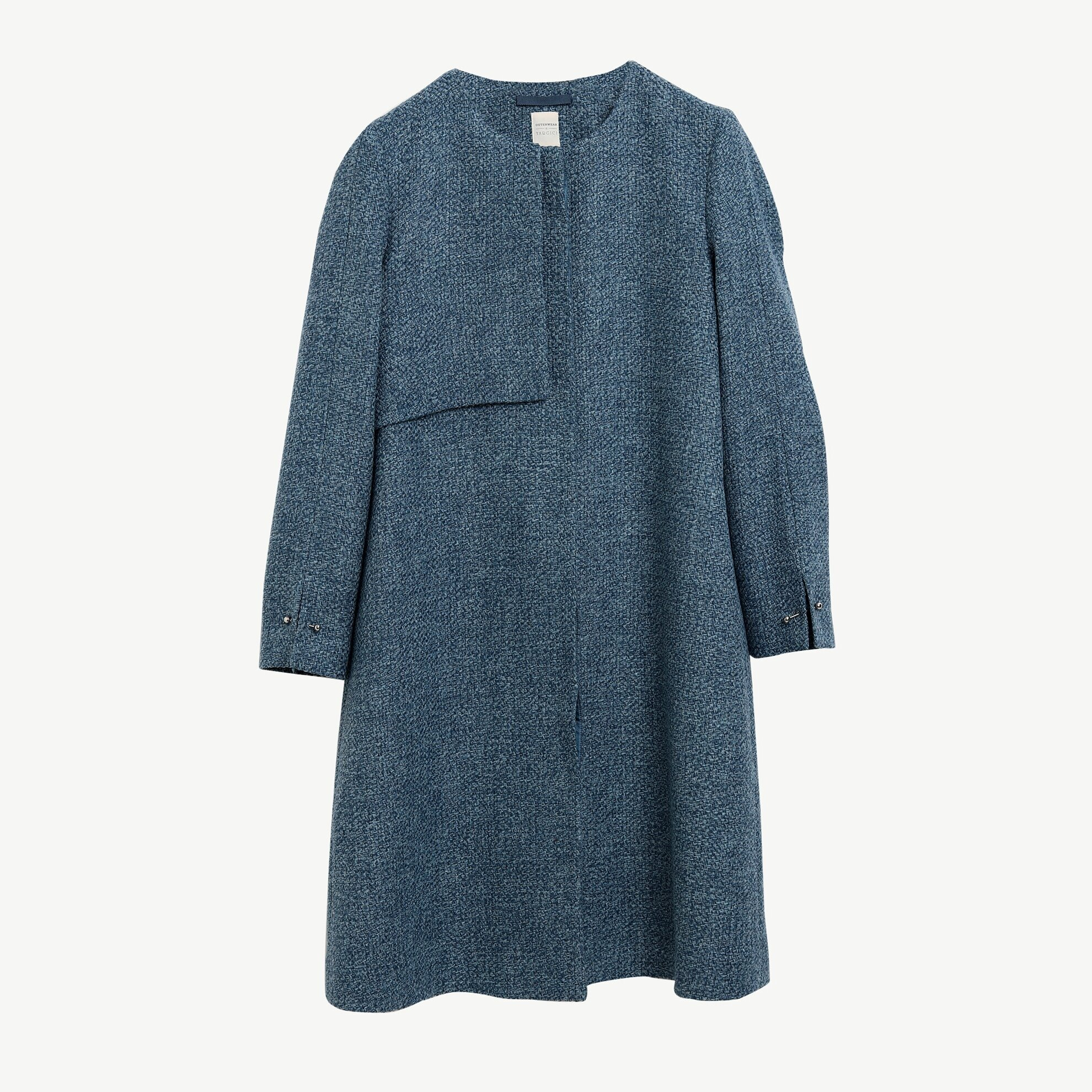 Langer Mantel ohne Kragen