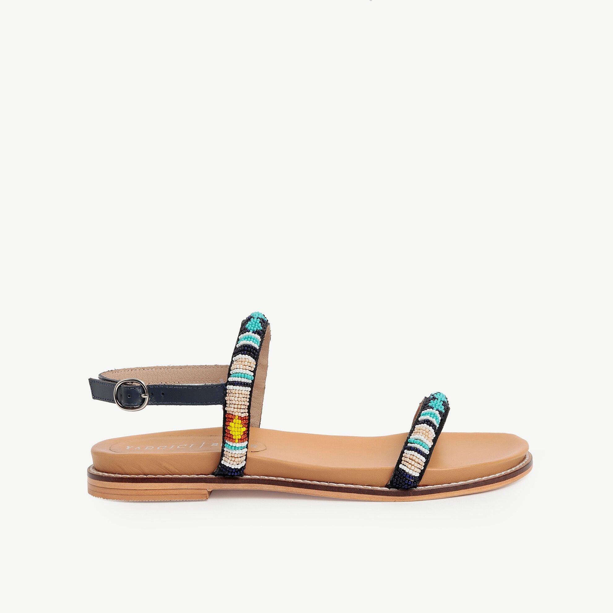 Boncuk İşlemeli Sandalet