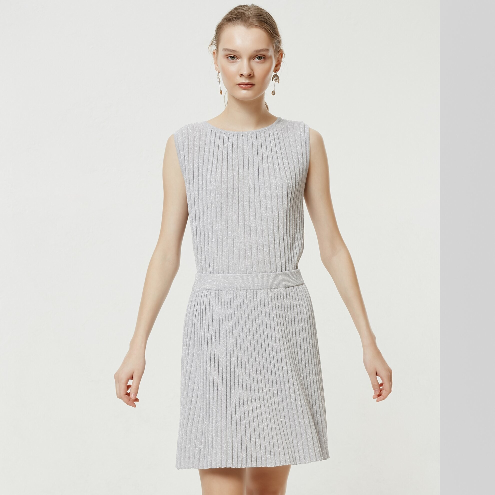 Pleated Mini Knit Skirt