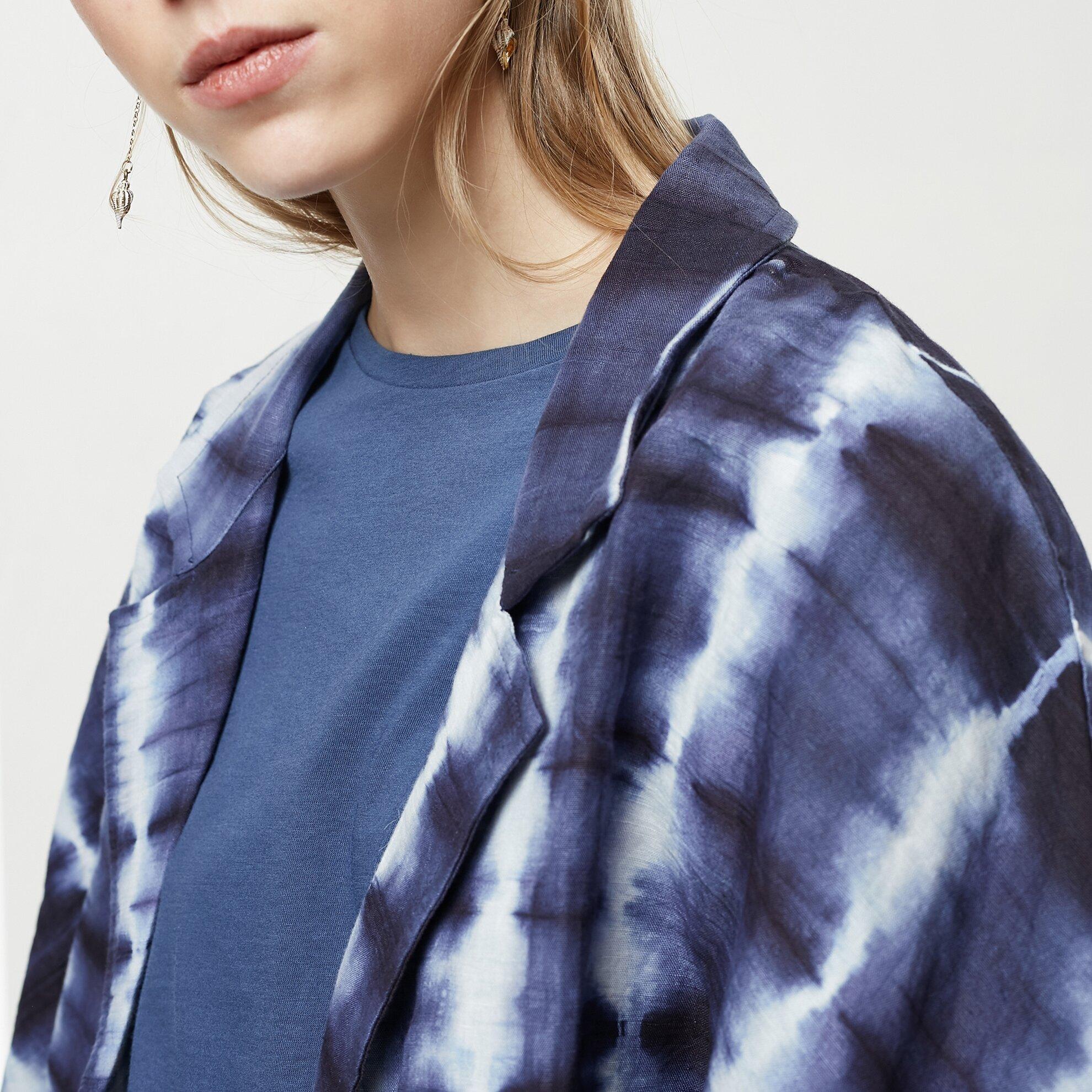Batik Desenli Ceket