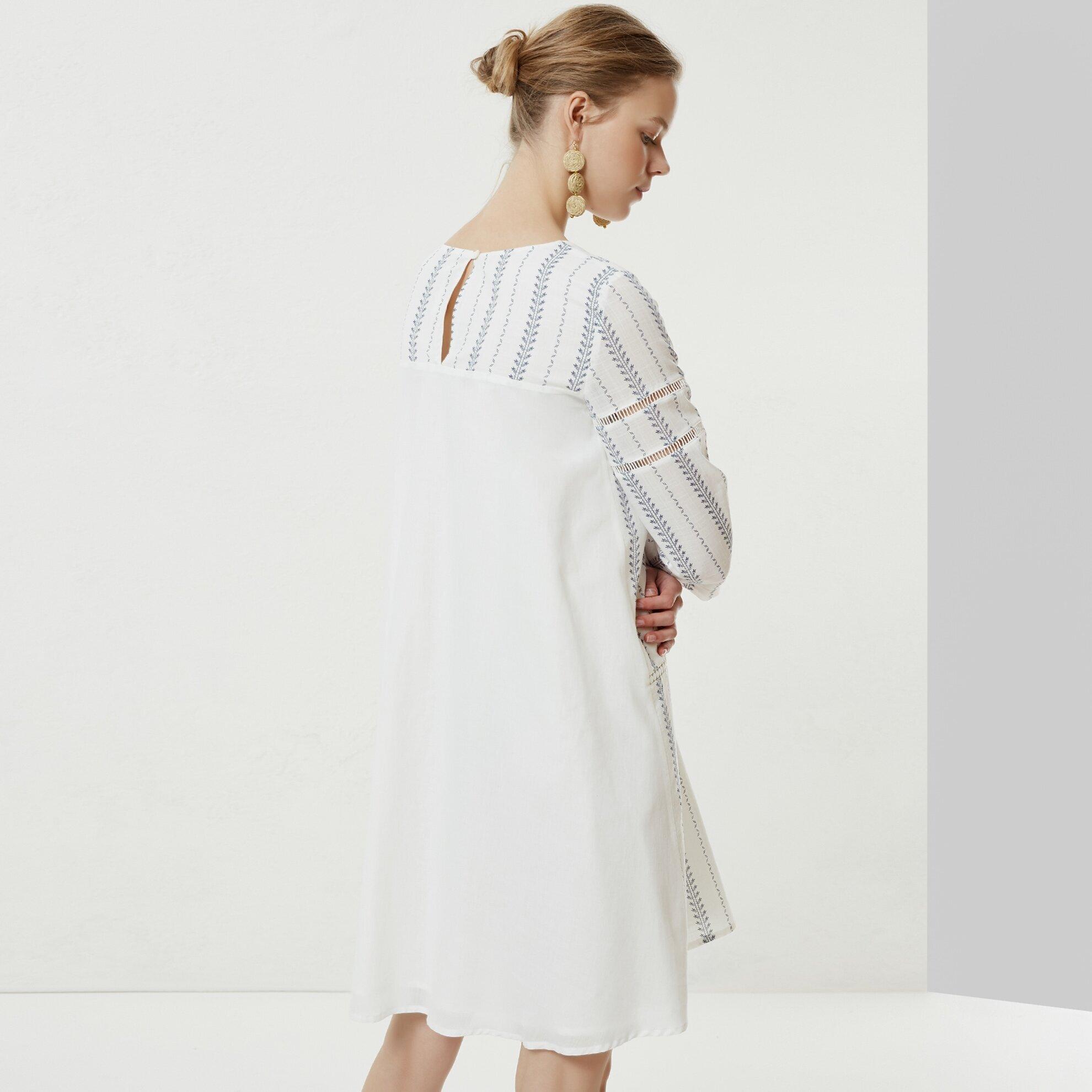 Biye Detaylı Uzun Kollu Elbise