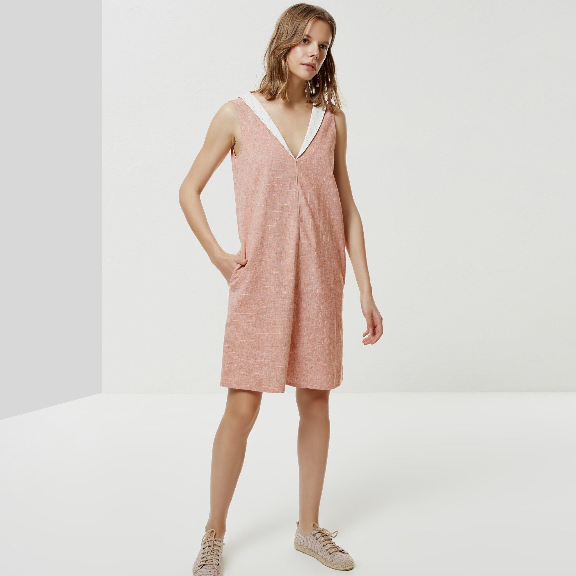 Şal Yaka Kolsuz Elbise