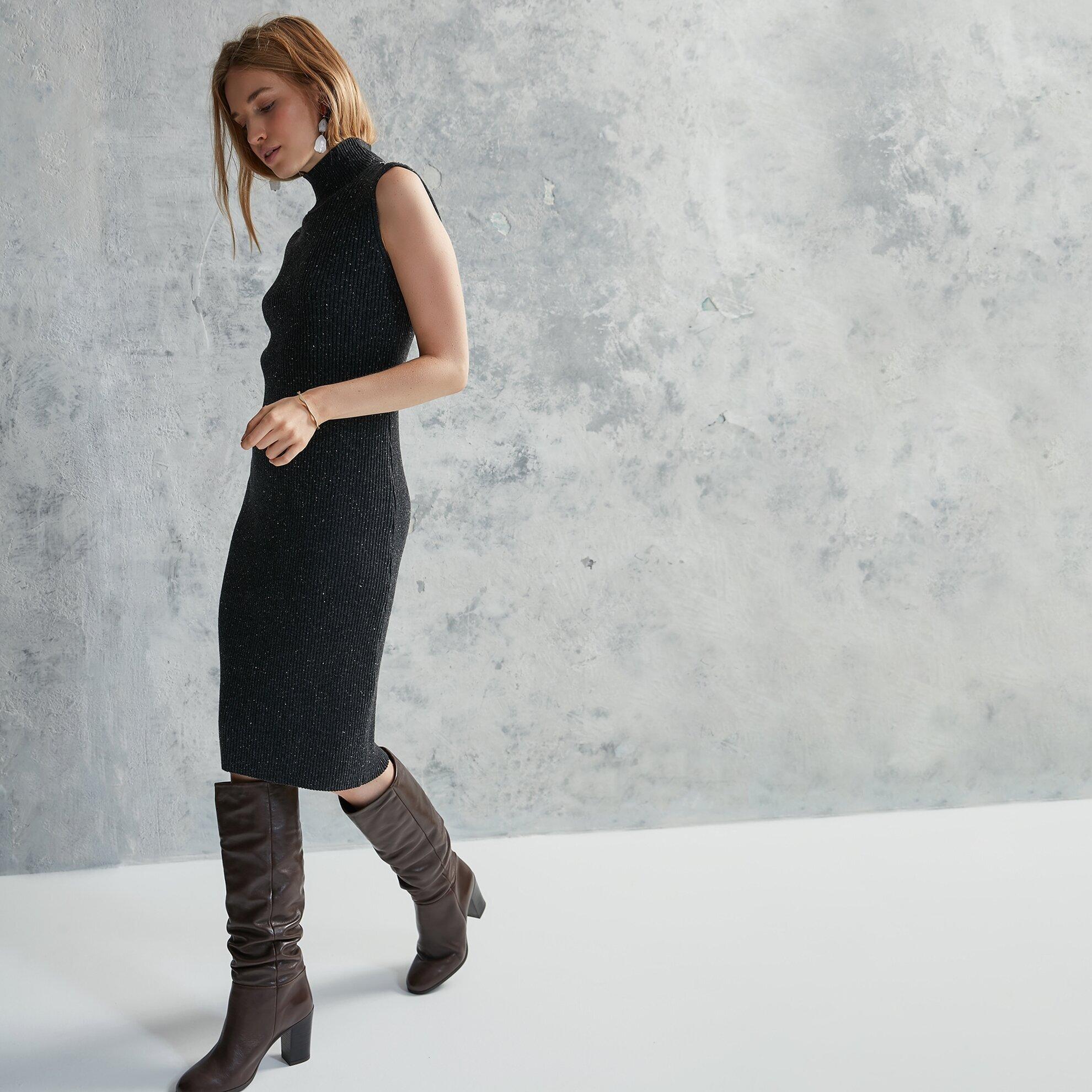 Kolsuz Triko Elbise
