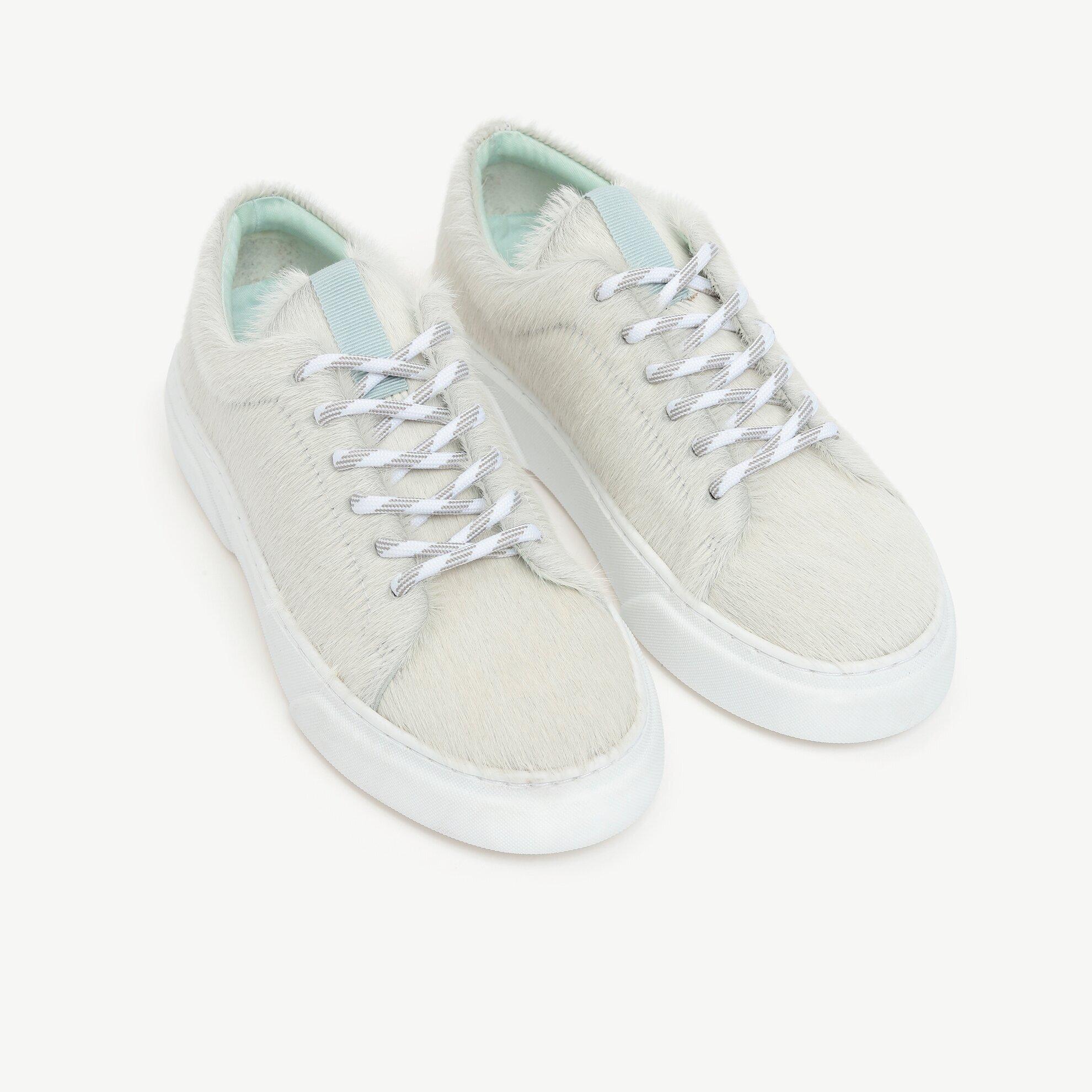 Kontrast Astarlı Tay Tüyü Deri Spor Ayakkabı