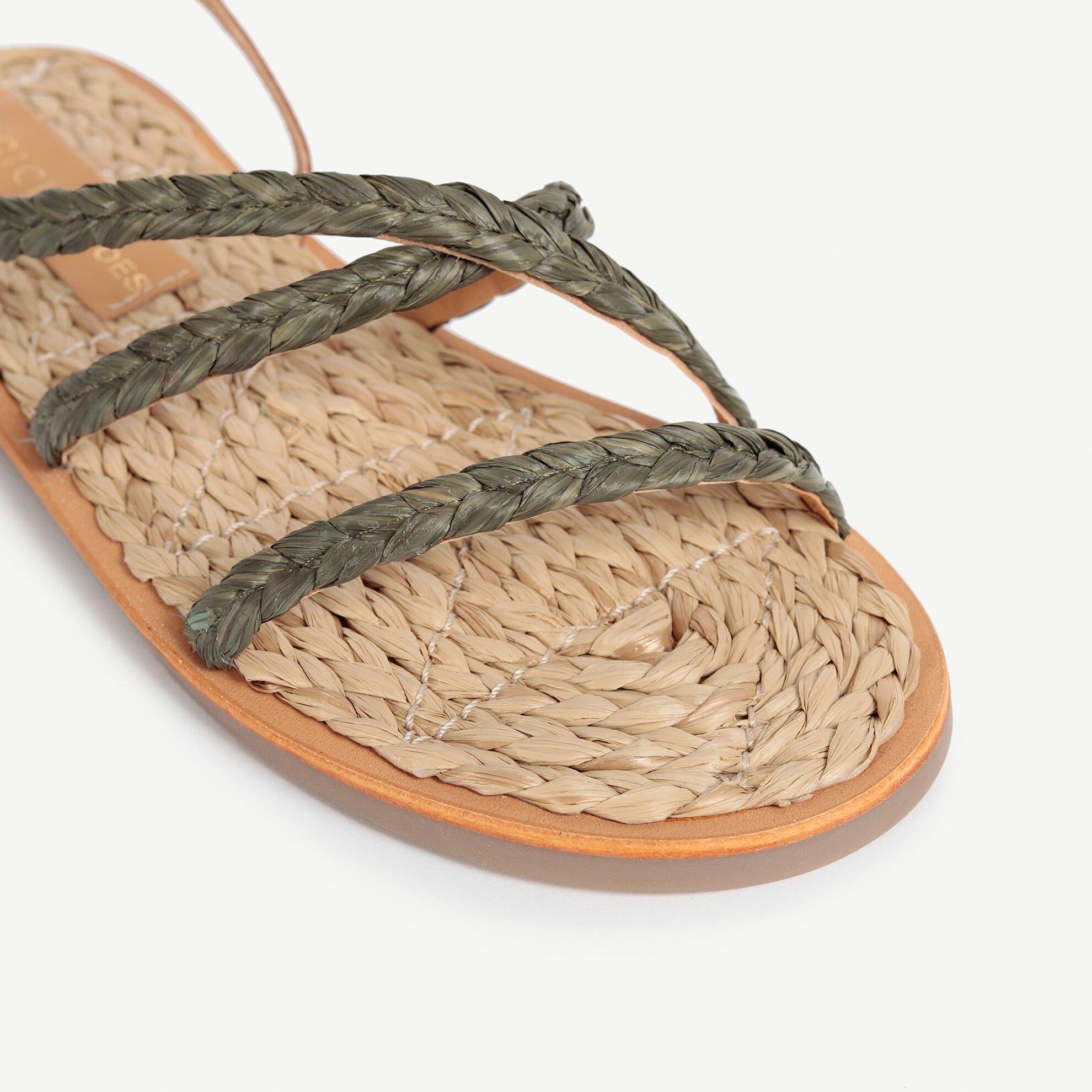Hasır El Örgüsü Sandalet