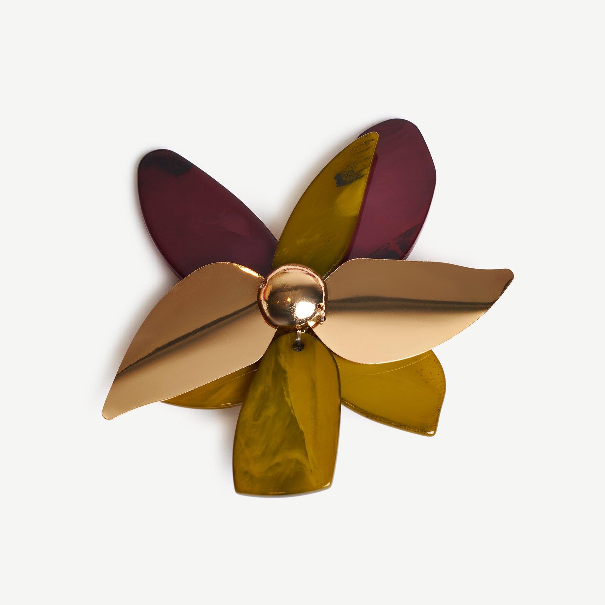 Çiçek Formlu Broş