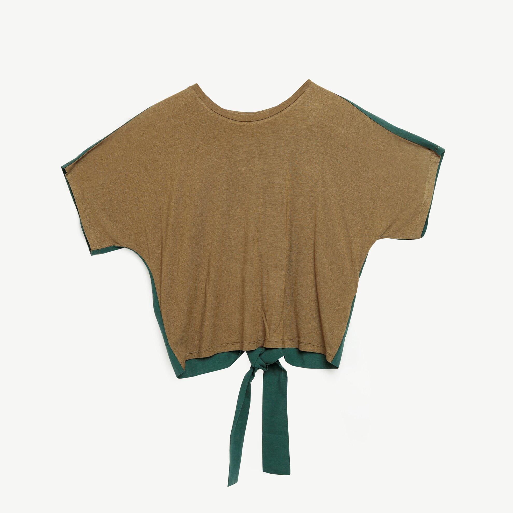 Sırt Detaylı T-Shirt