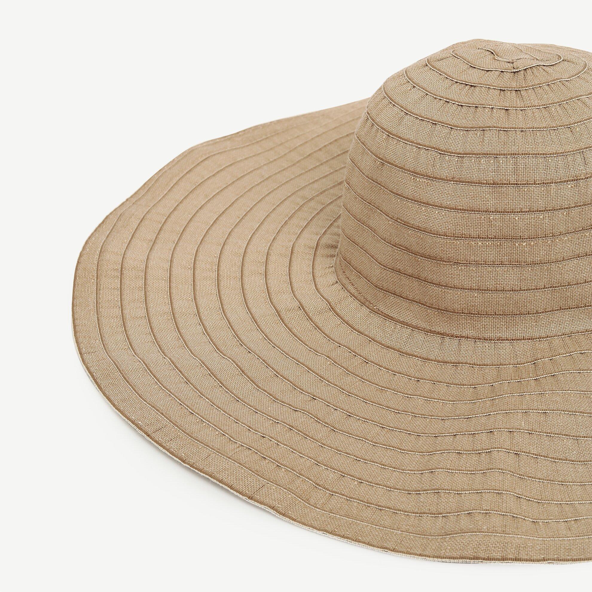 Dikiş Detaylı Şapka