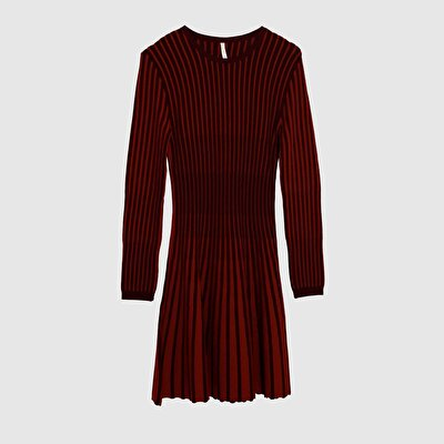 Picture of Contrast Ribbed Tricot Dress