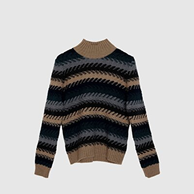 Patterned Long Sleeve Tricot